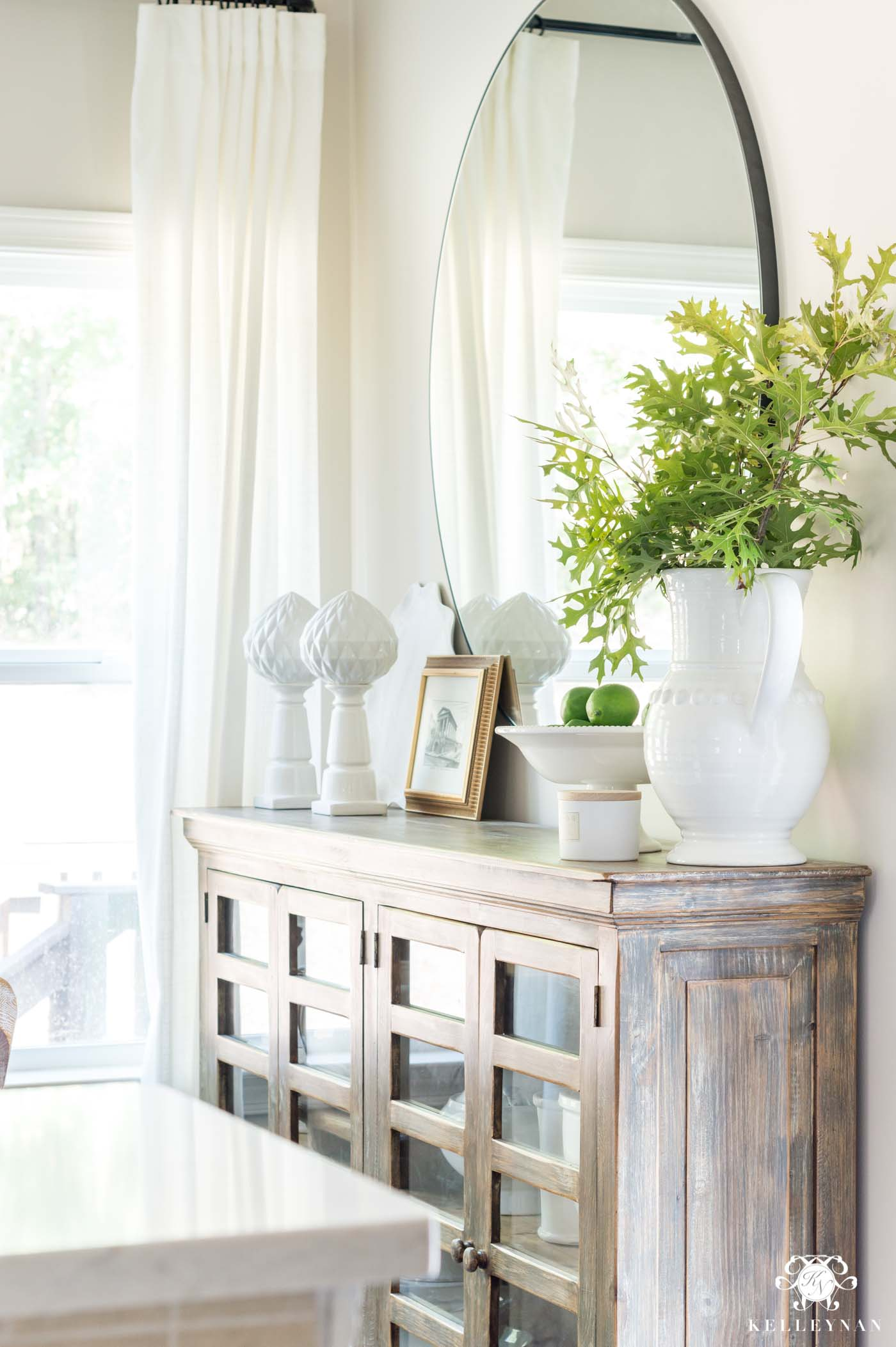 How to style a Sideboard in the dining room or breakfast nook