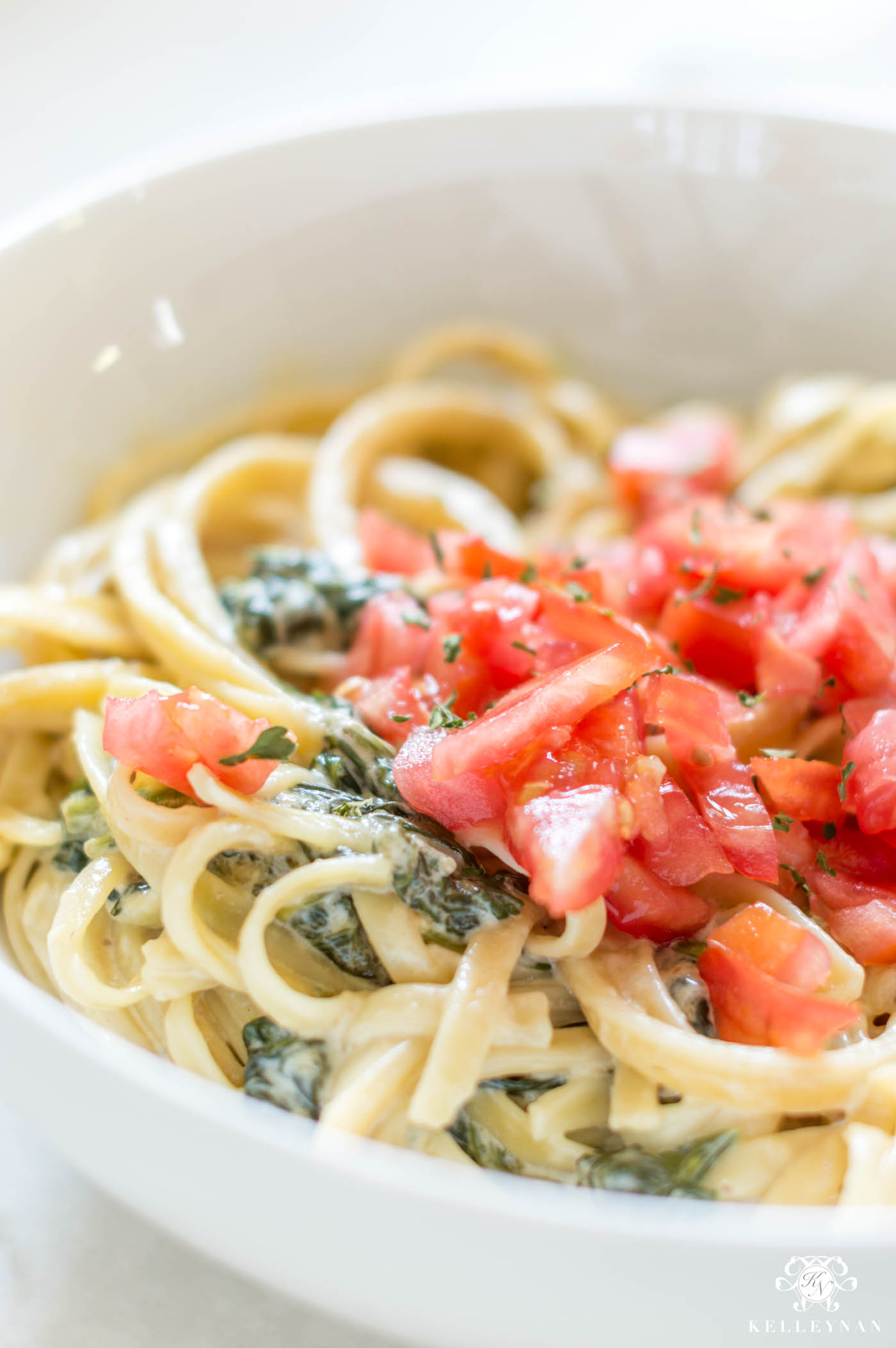 Easy Spinach Fettucine Alfredo Recipe for Weeknight Dinners