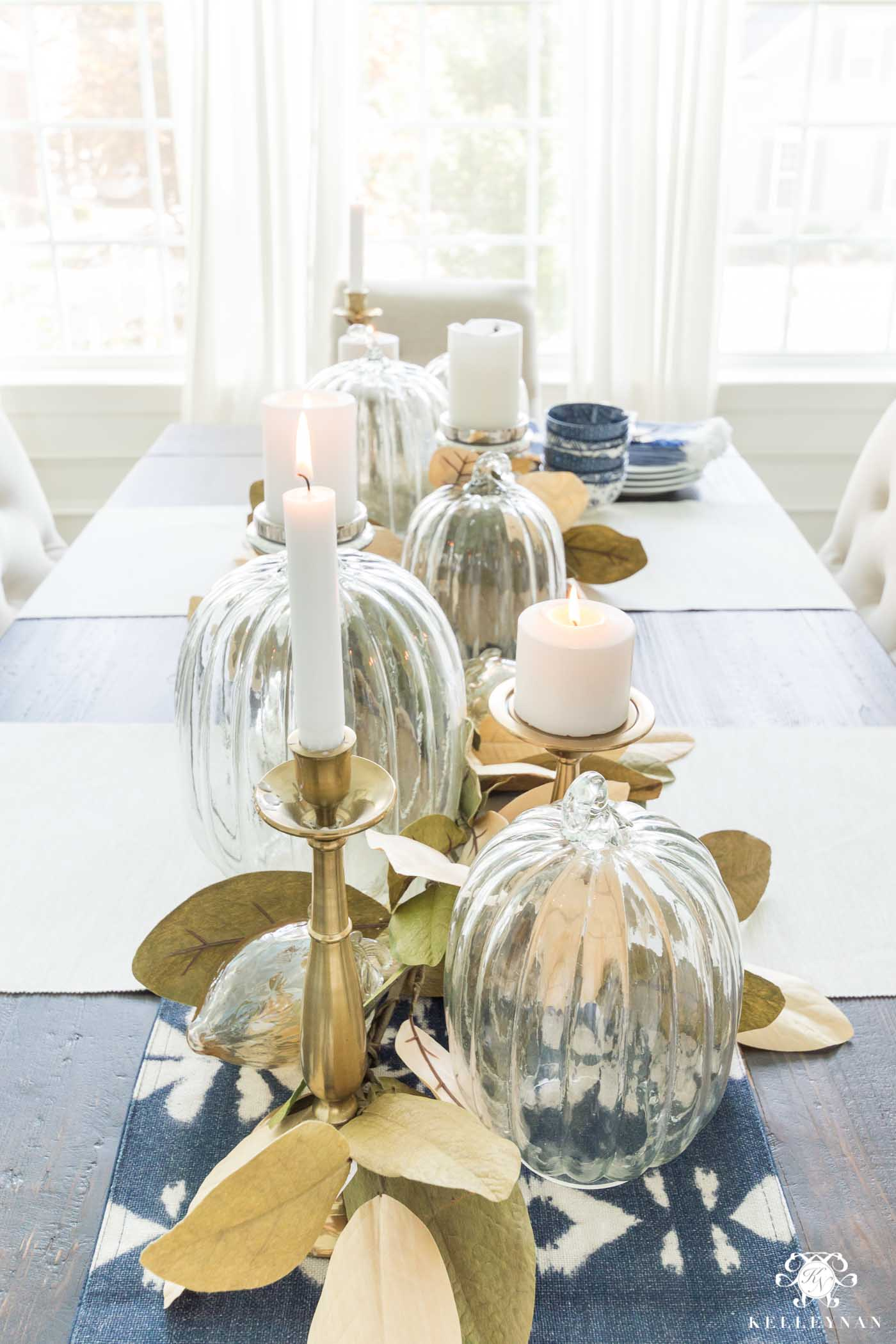 Fall Tablescape Ideas with Pumpkin and Leaf Garland Centerpiece