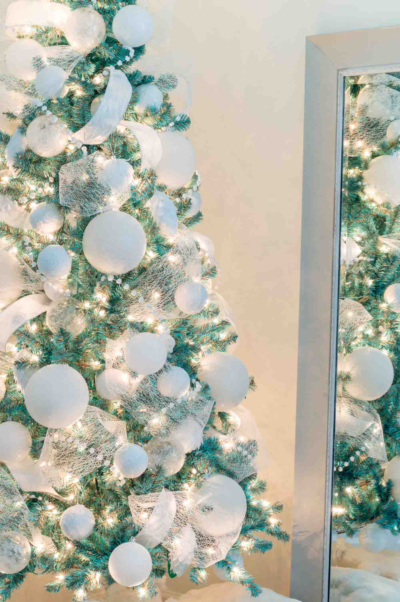 Blue Tiffany & Co themed Christmas tree
