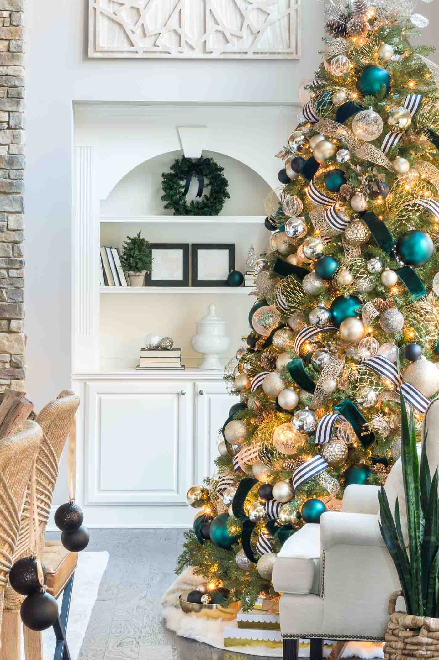 Christmas Home Tour Holiday Decorations And Unique Color Schemes
