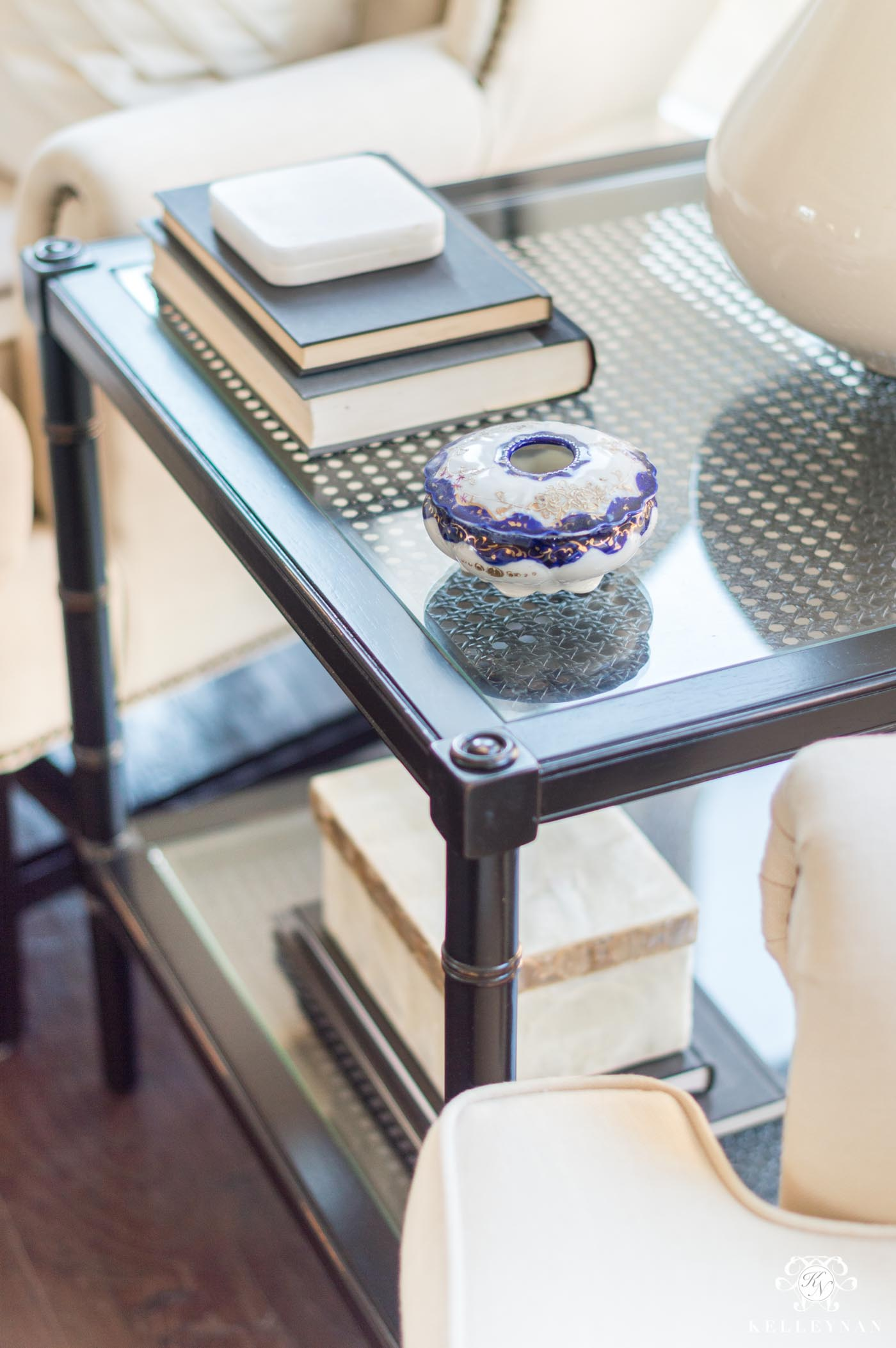 living room side table styling