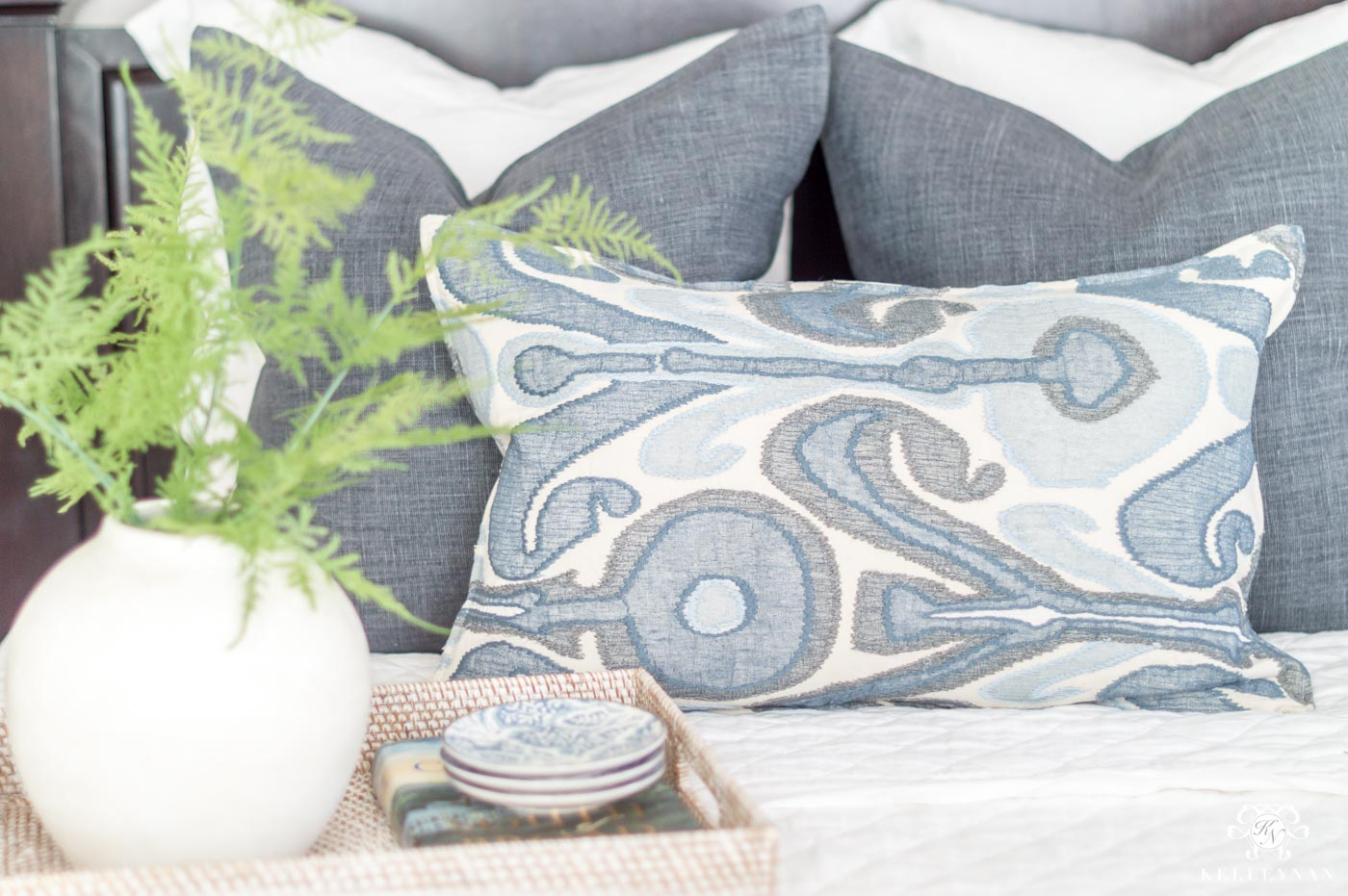 mixing and matching Blue and white pillows