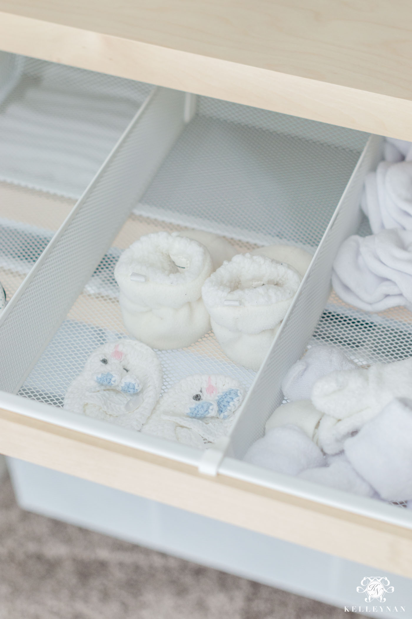 Elfa drawer organization for kid closets