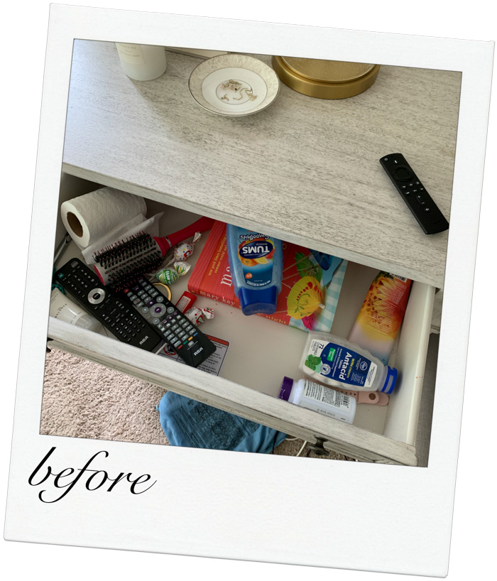 How to organize a nightstand with all the essentials