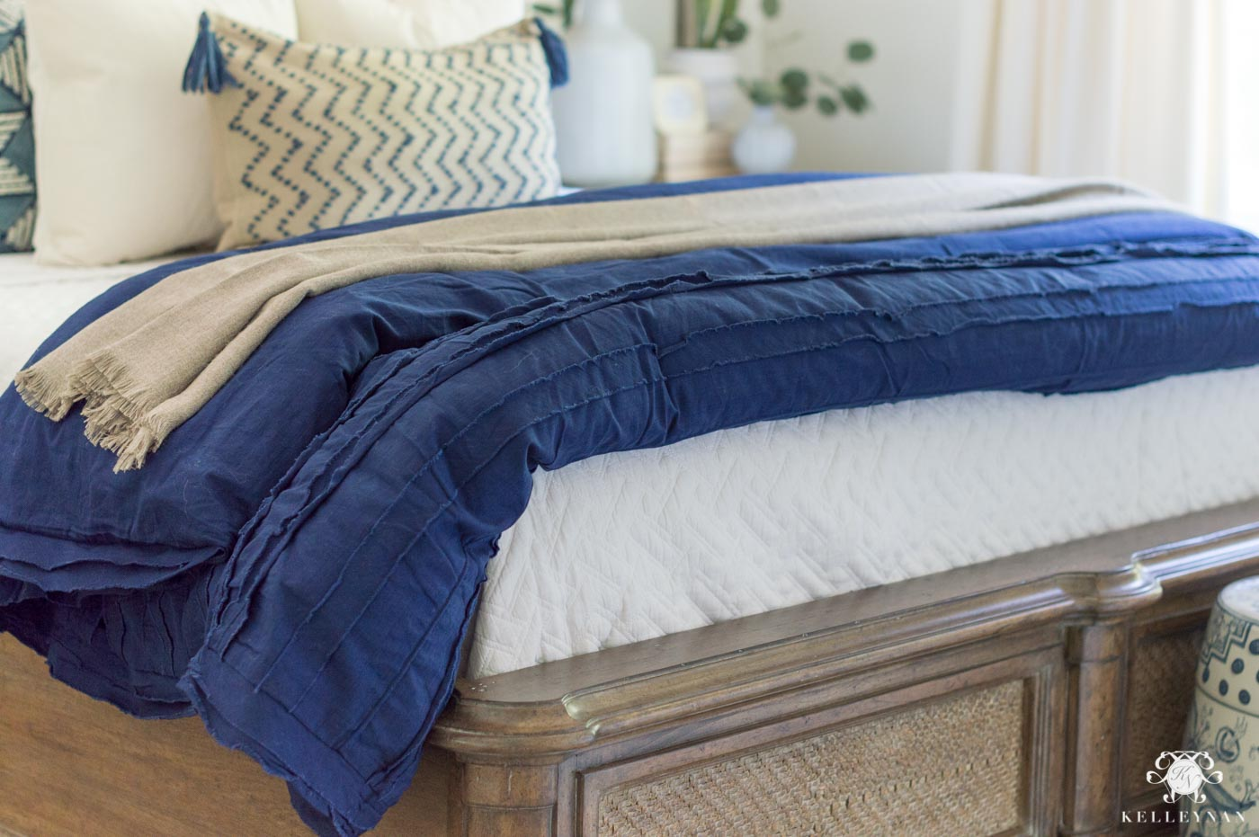 How to Layer a Bed