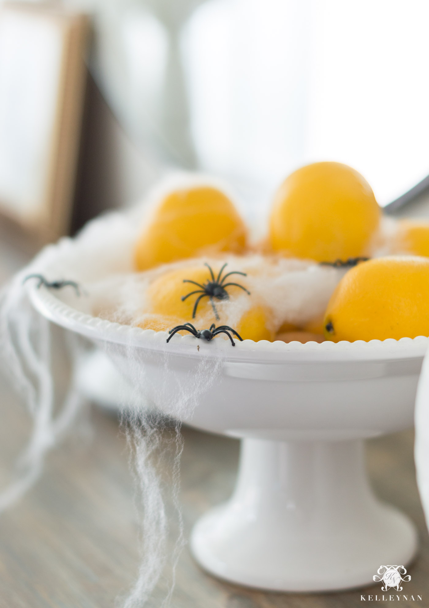 Easy Creepy Halloween Decor Ideas in the Kitchen