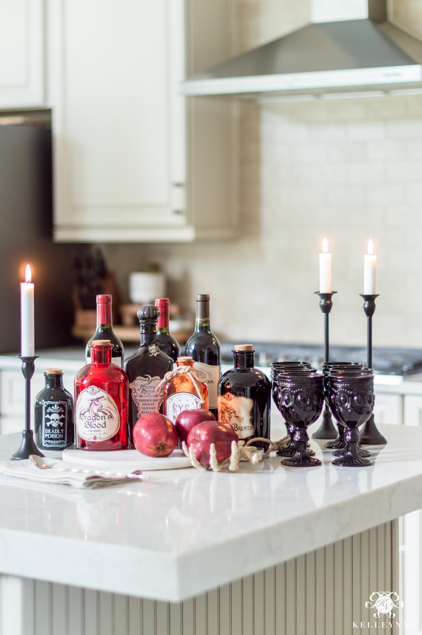 Halloween Kitchen Inspo and Other Home Decor Ideas