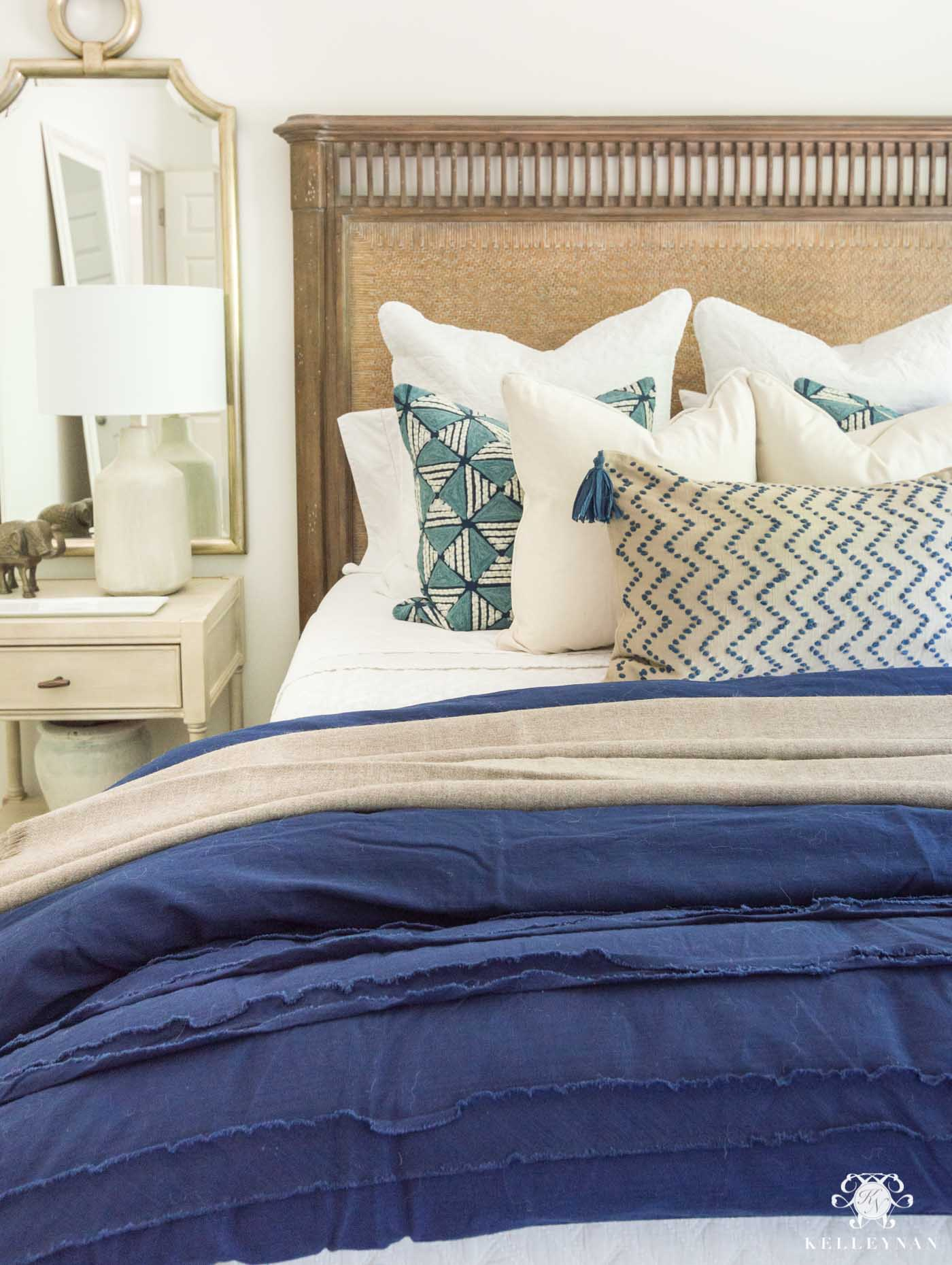 How to Make a Queen Bed