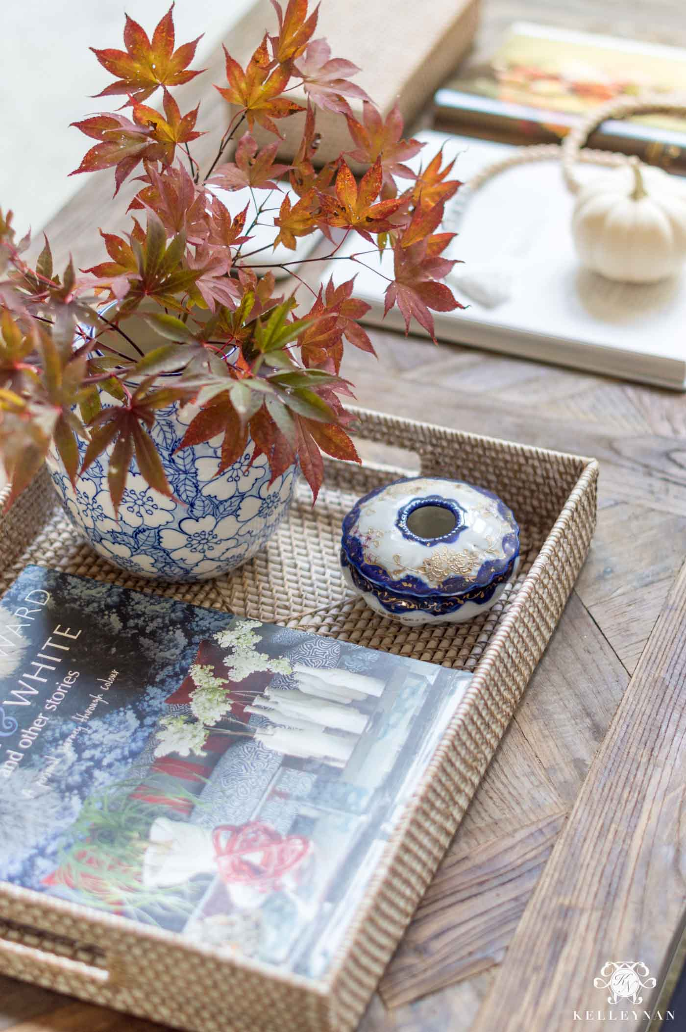 Fall coffee table details