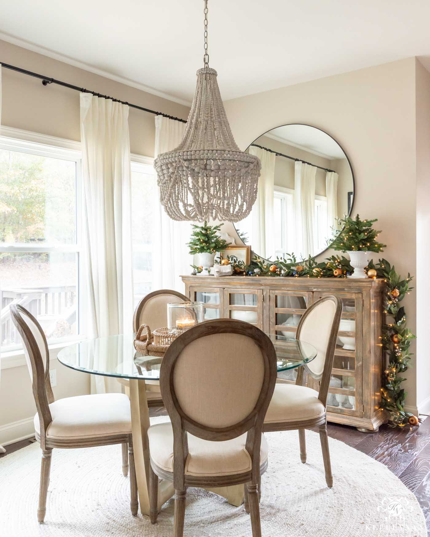 Breakfast Nook Greenery for Christmas