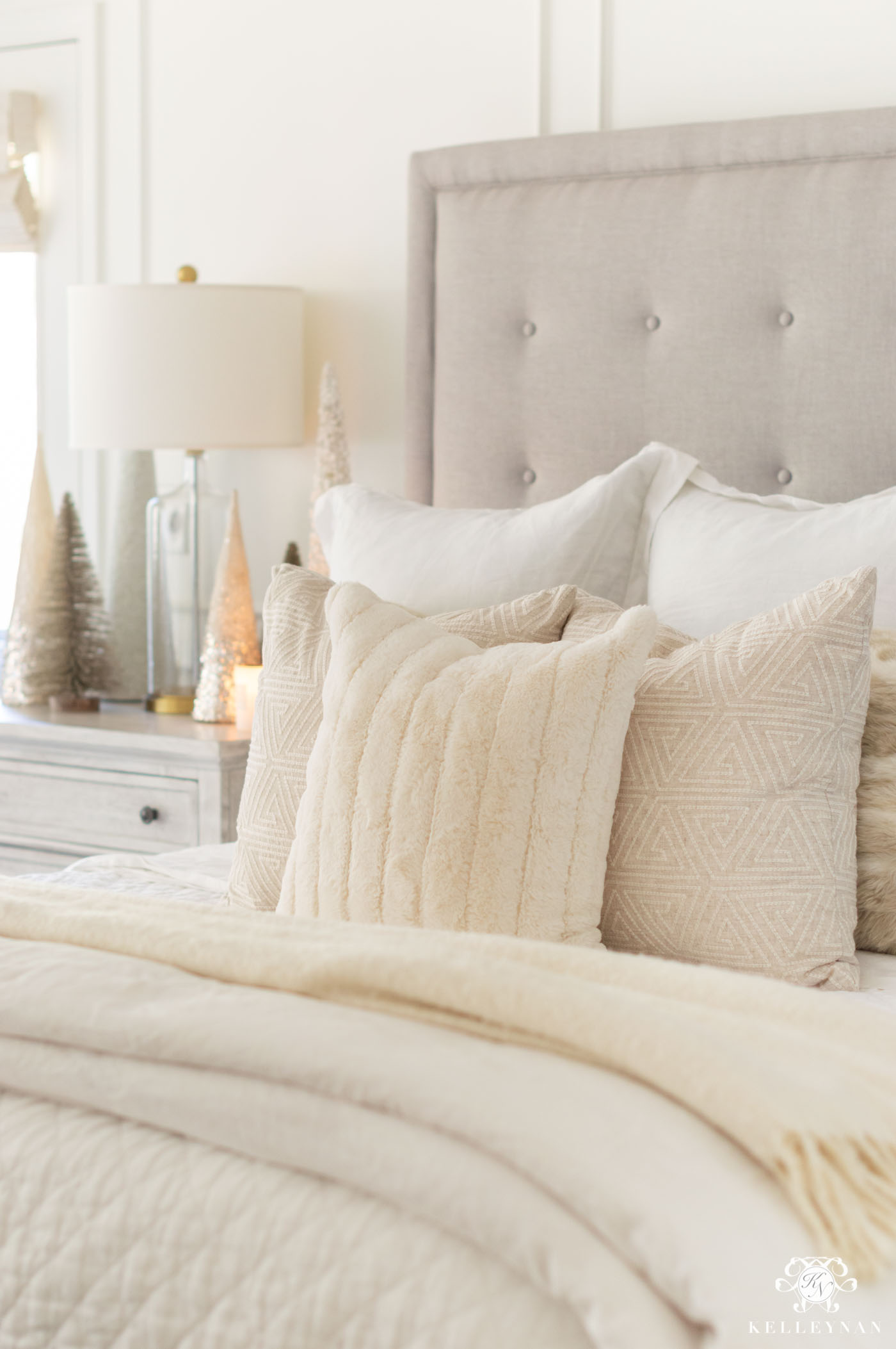 White Fur Christmas Bedroom