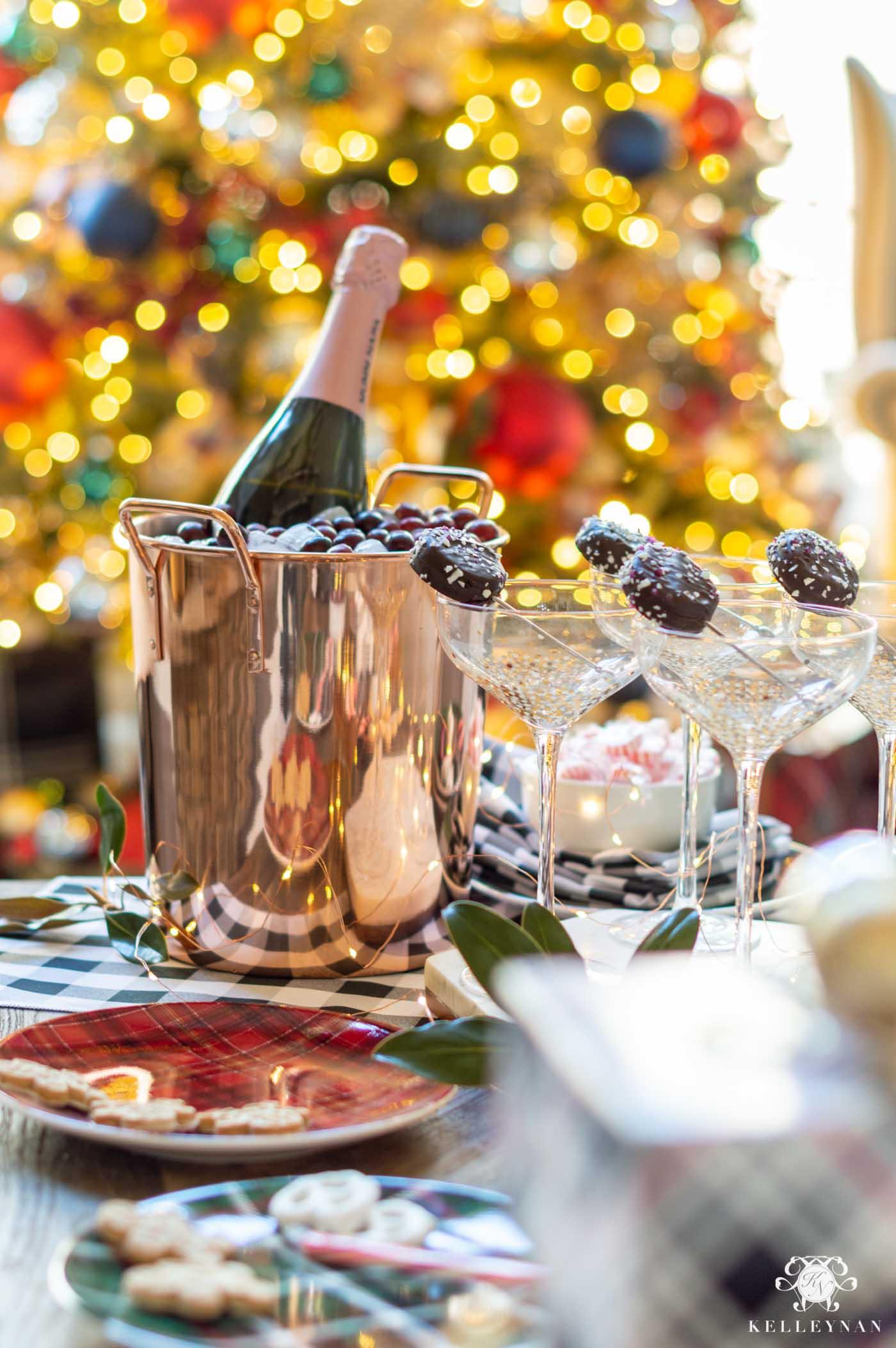 Easy Christmas Party Setup