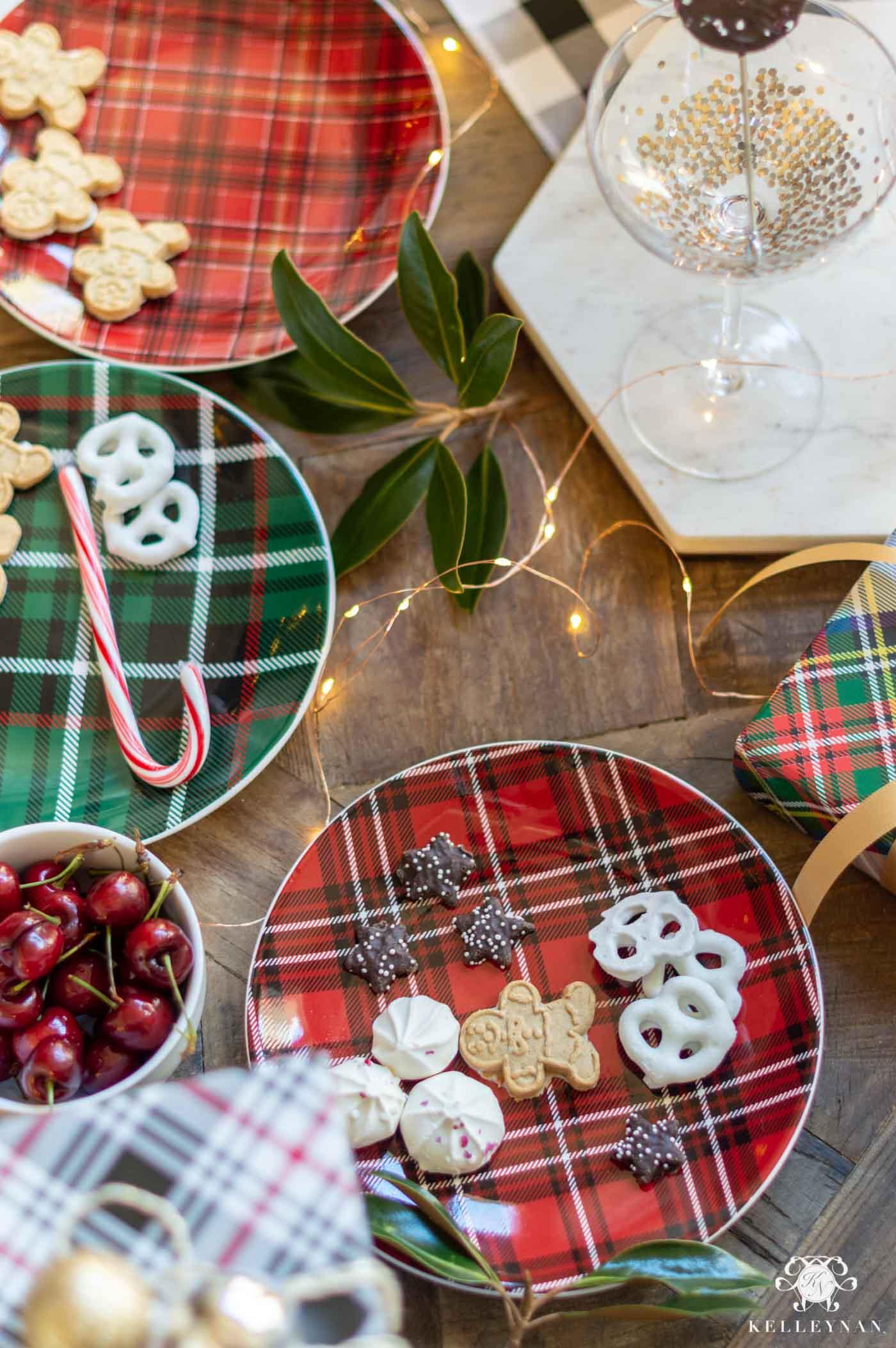 Plaid Table Decor for Christmas