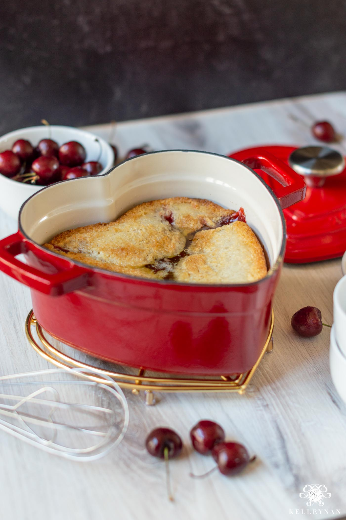 Recipe for the best, EASY cherry cobbler!