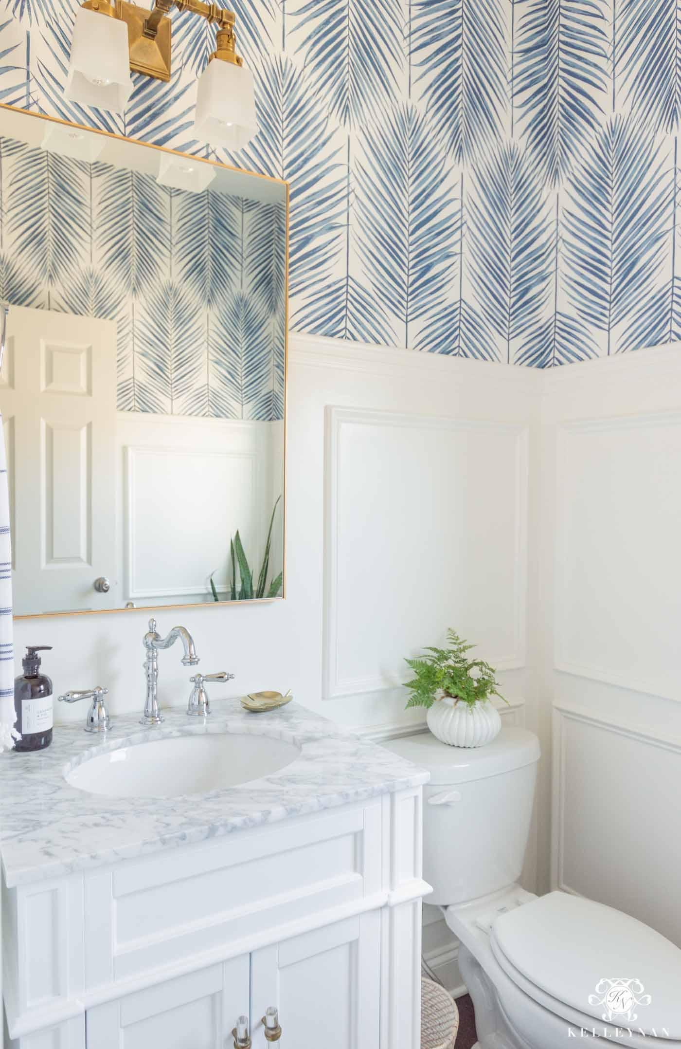Small Bathroom Decor & Ideas