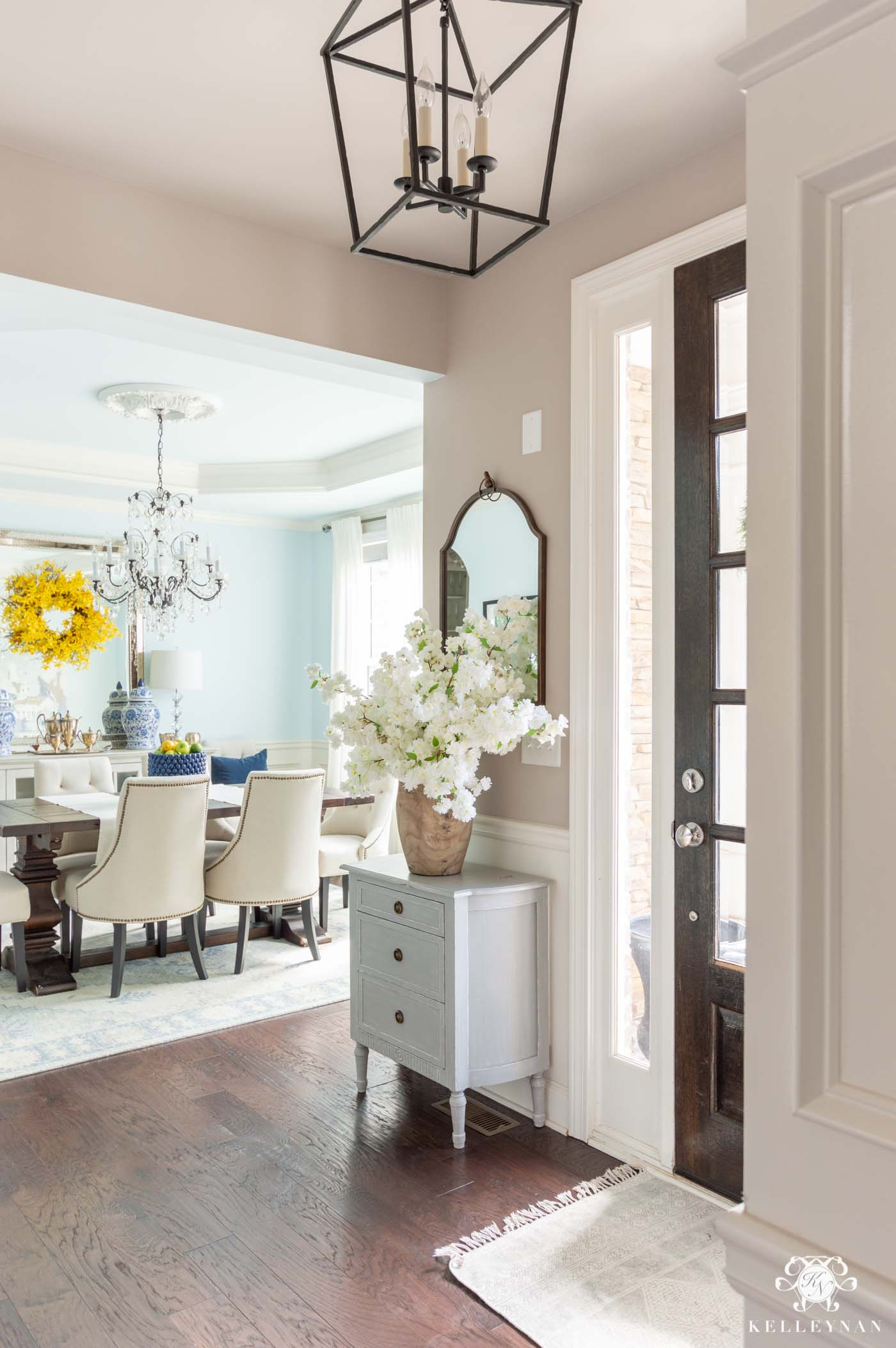 Spring Home Decorating Ideas with a Fresh Color Scheme