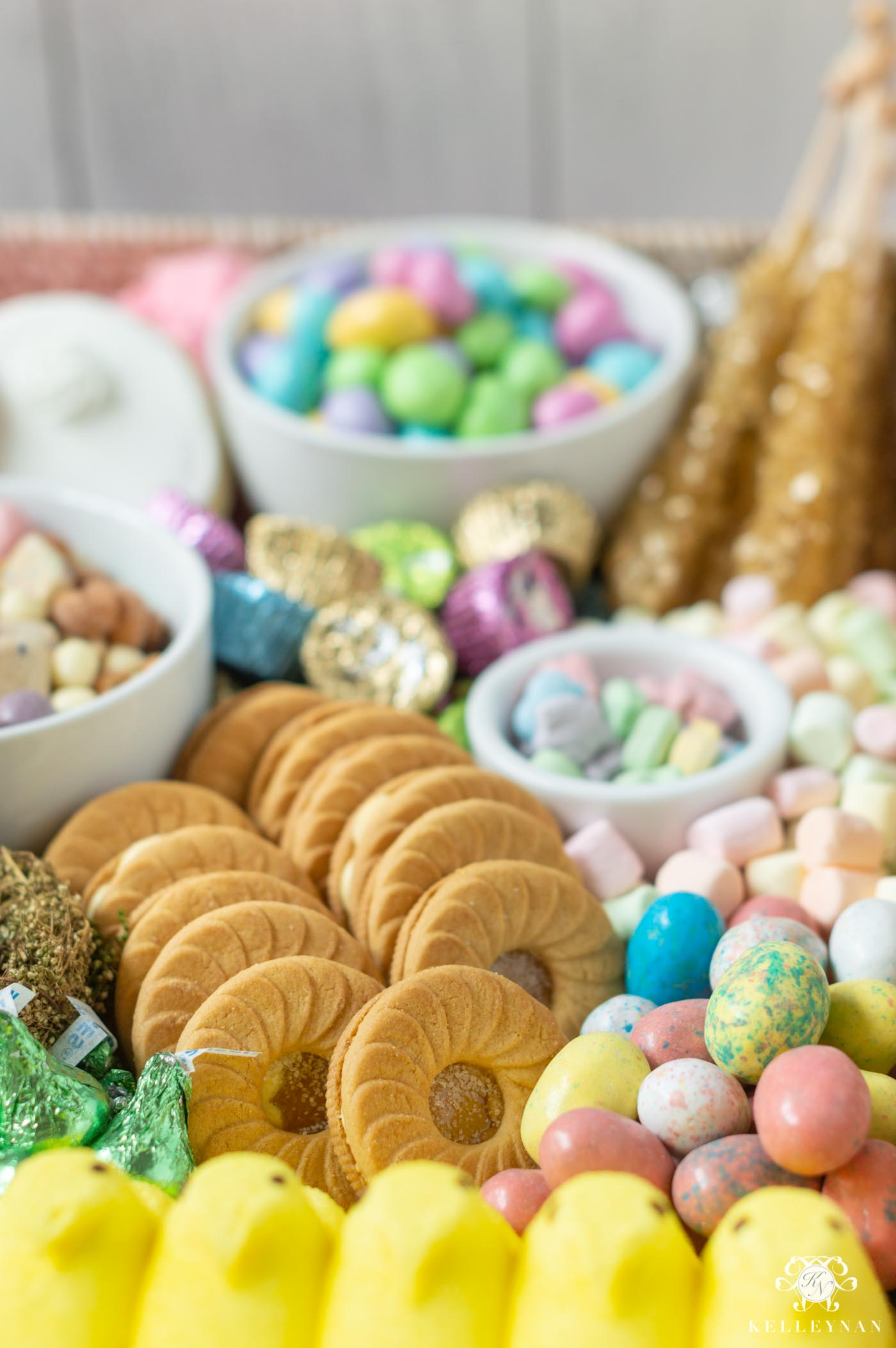 How to Make an Easter Tray -- Dessert Ideas