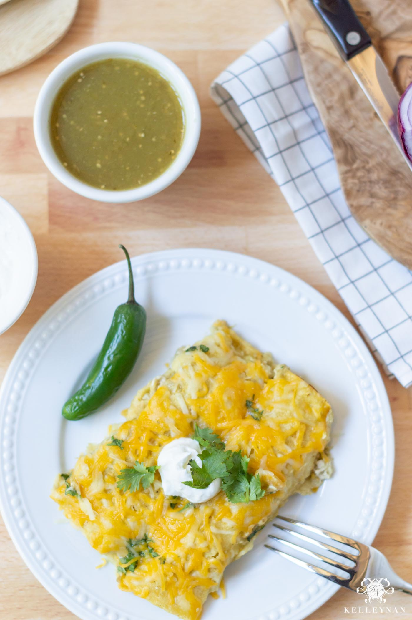 Yummy (EASY!) Chicken Enchiladas Verde Recipe