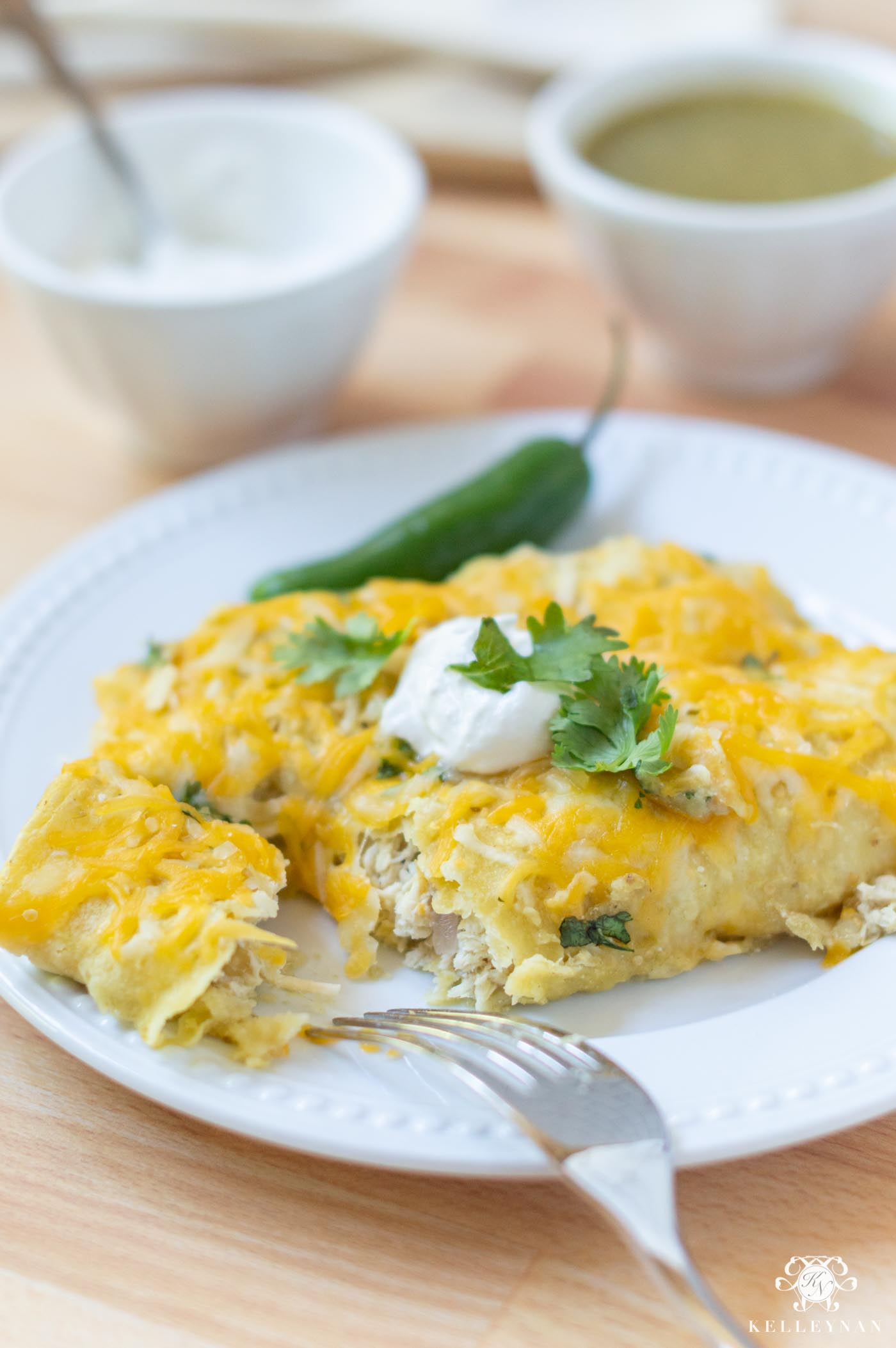 Cheesy Chicken Enchiladas Verde Recipe for Busy Weeknights