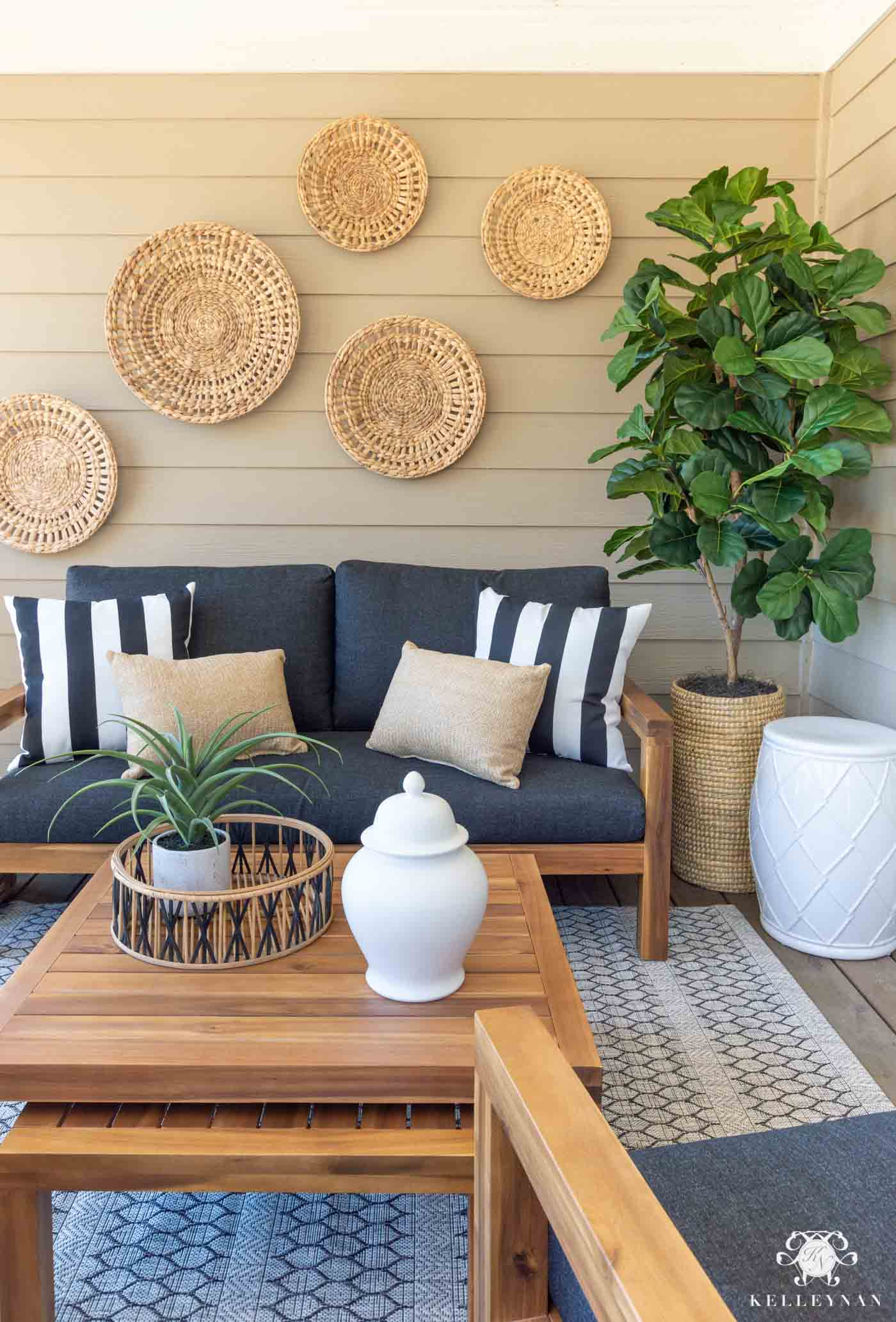 Make Your Outdoor Living Space Cozy on a Budget