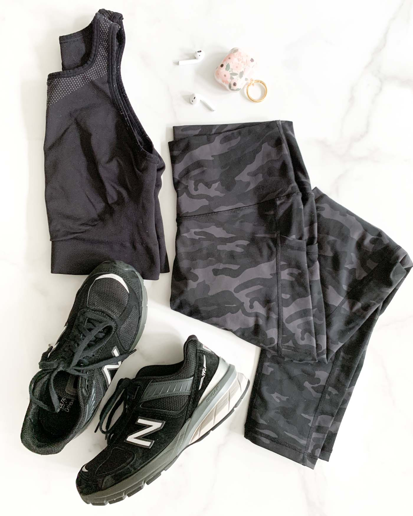 Best Black (Affordable) Workout Outfit and Gear