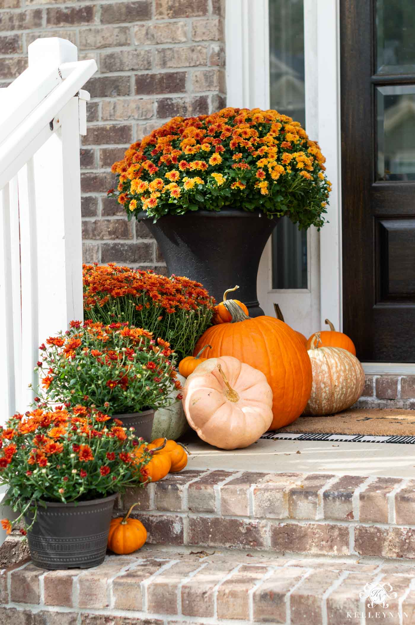 Orange Front Porch Fall Color Scheme