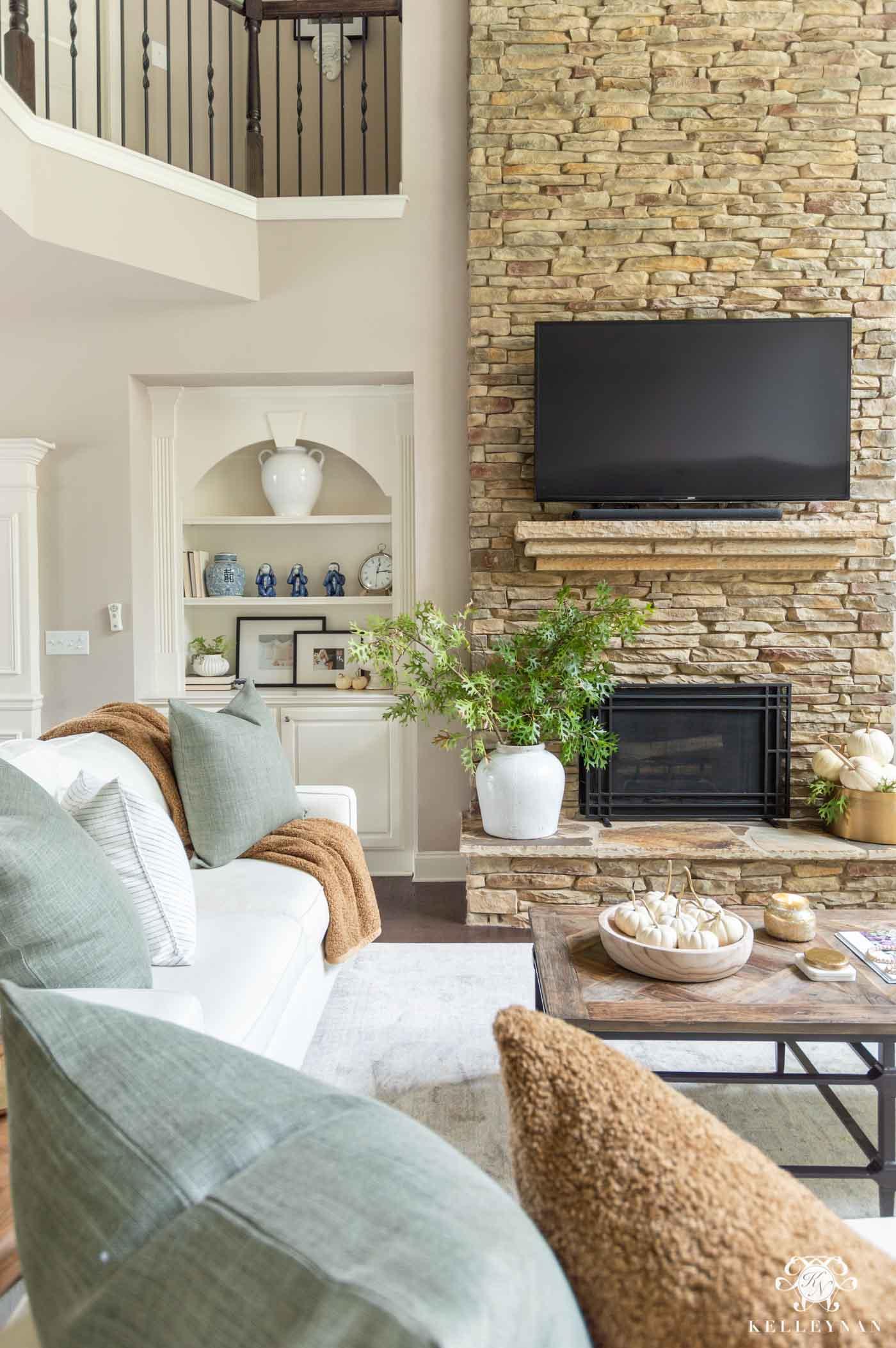 Fall Home Decor and Living Room Ideas