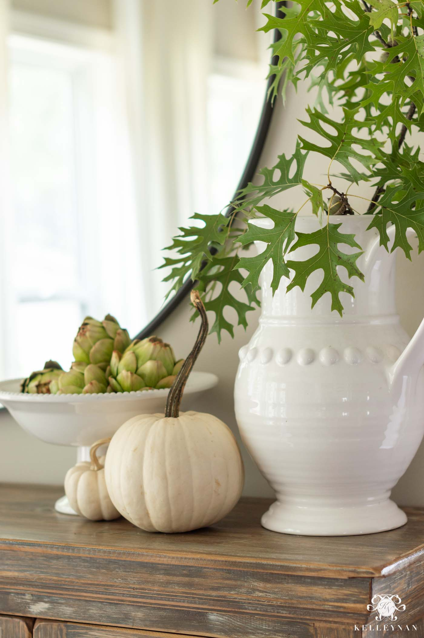 Green and White Fall Home Decor Ideas