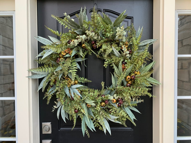 Beautiful Wreaths for a Fall Front Door