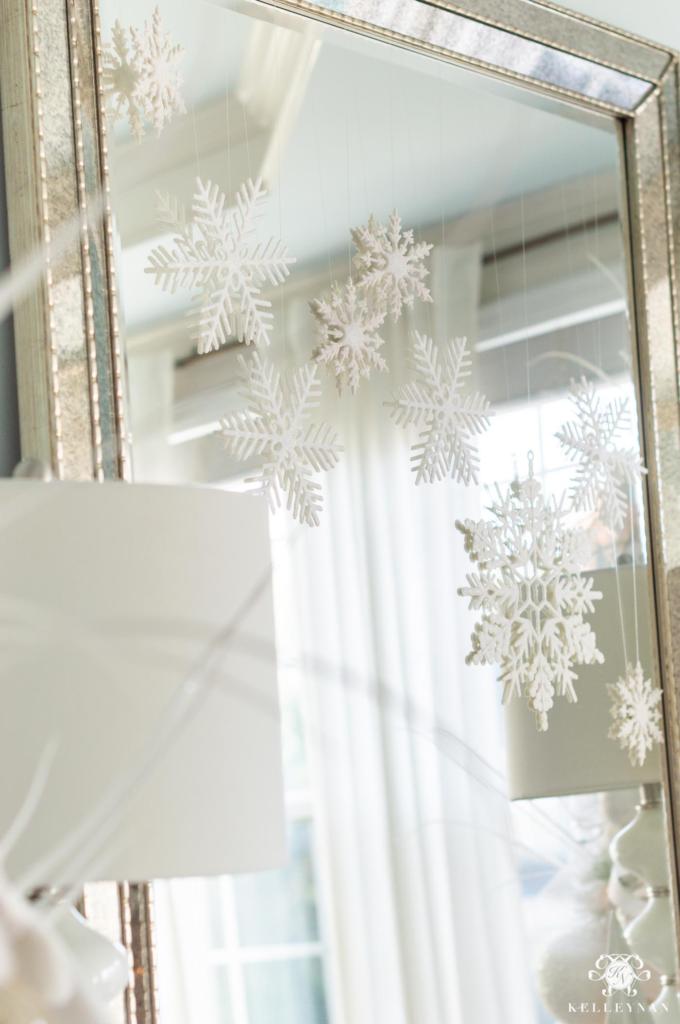 Easy Snowflake Christmas Decor in the Dining Room