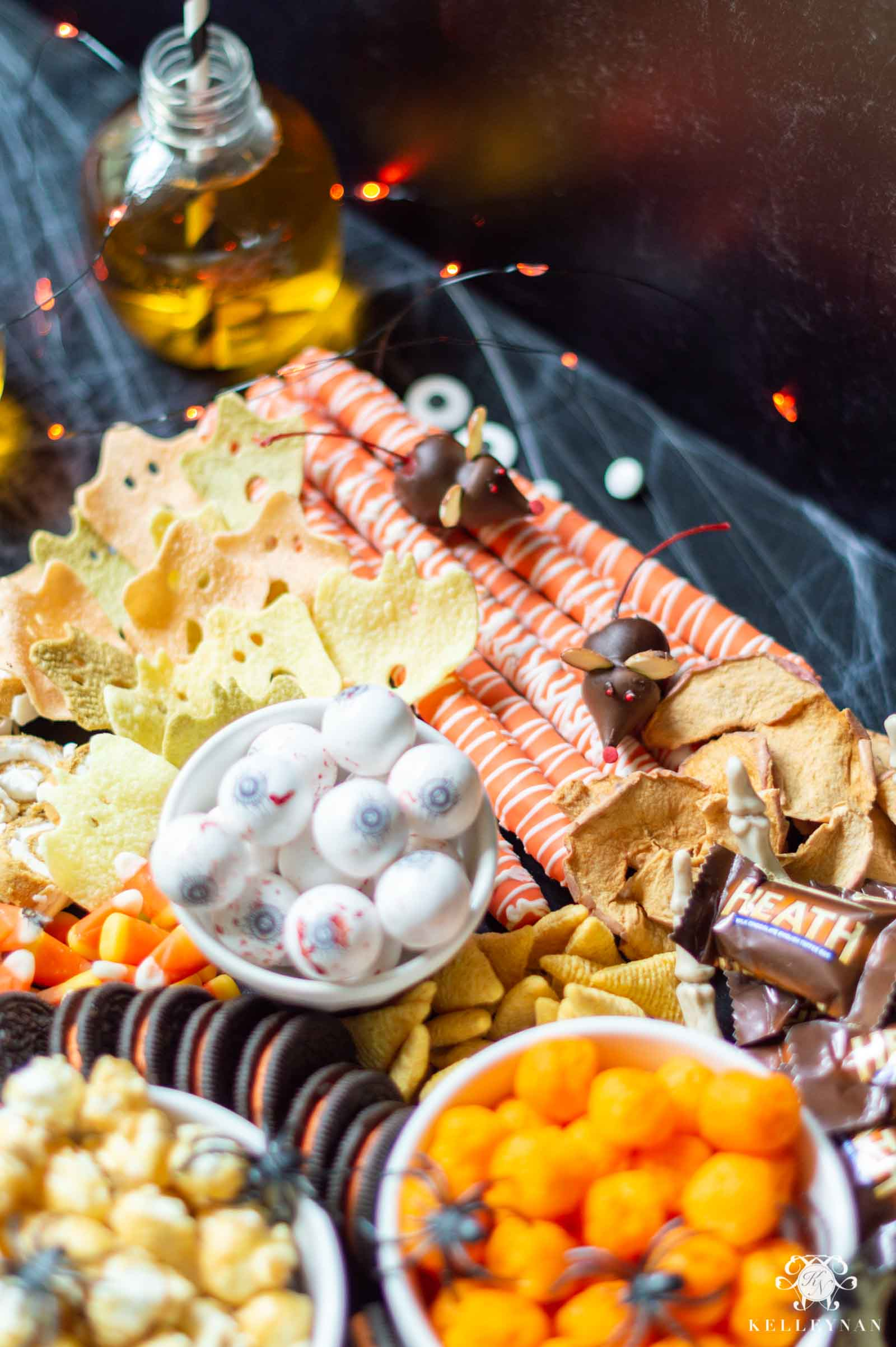 Halloween Snack Ideas -- From Spooky to Sweet