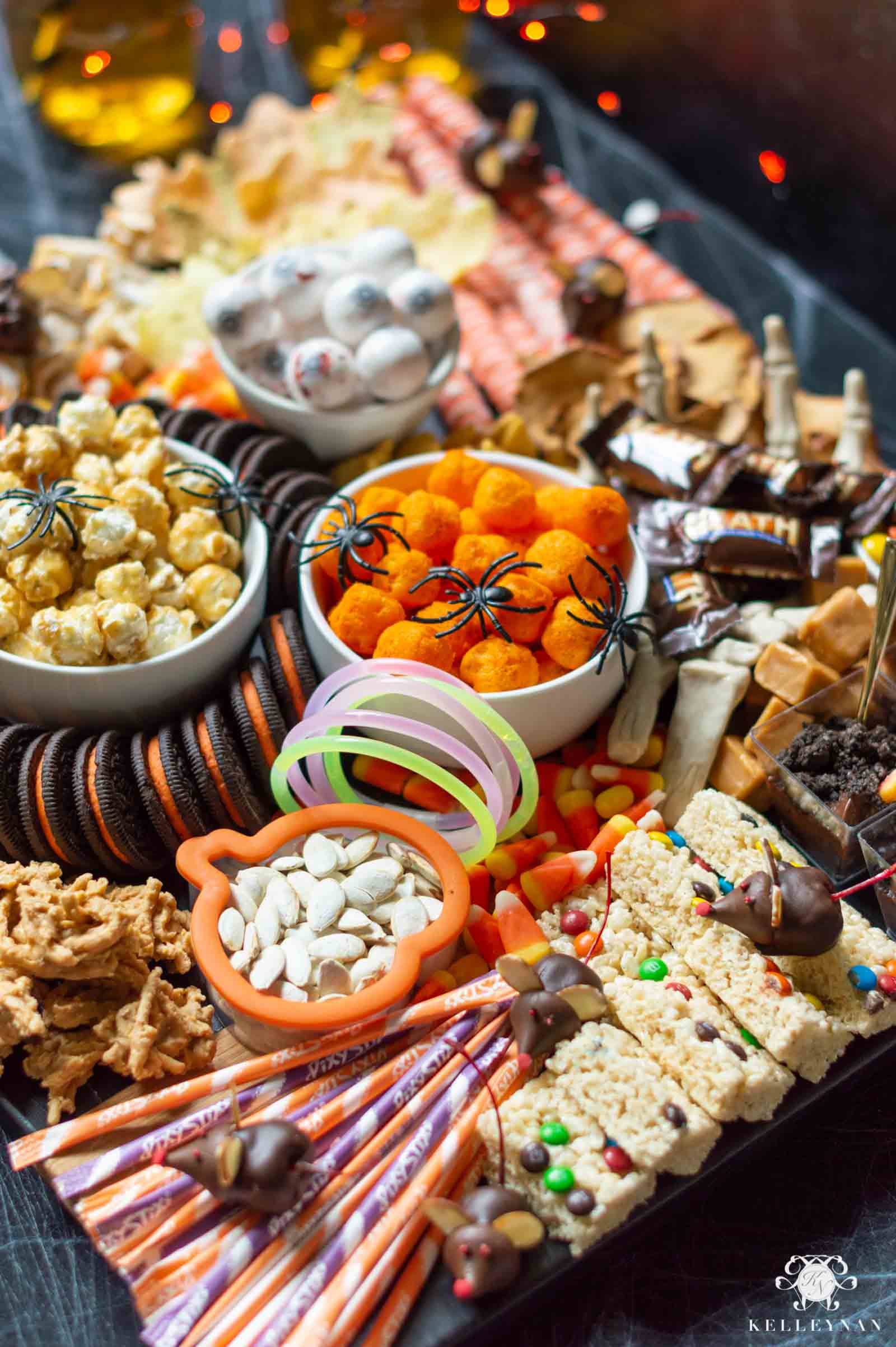 Everything You Need for the Ultimate Halloween Trick or Treat Snack Board