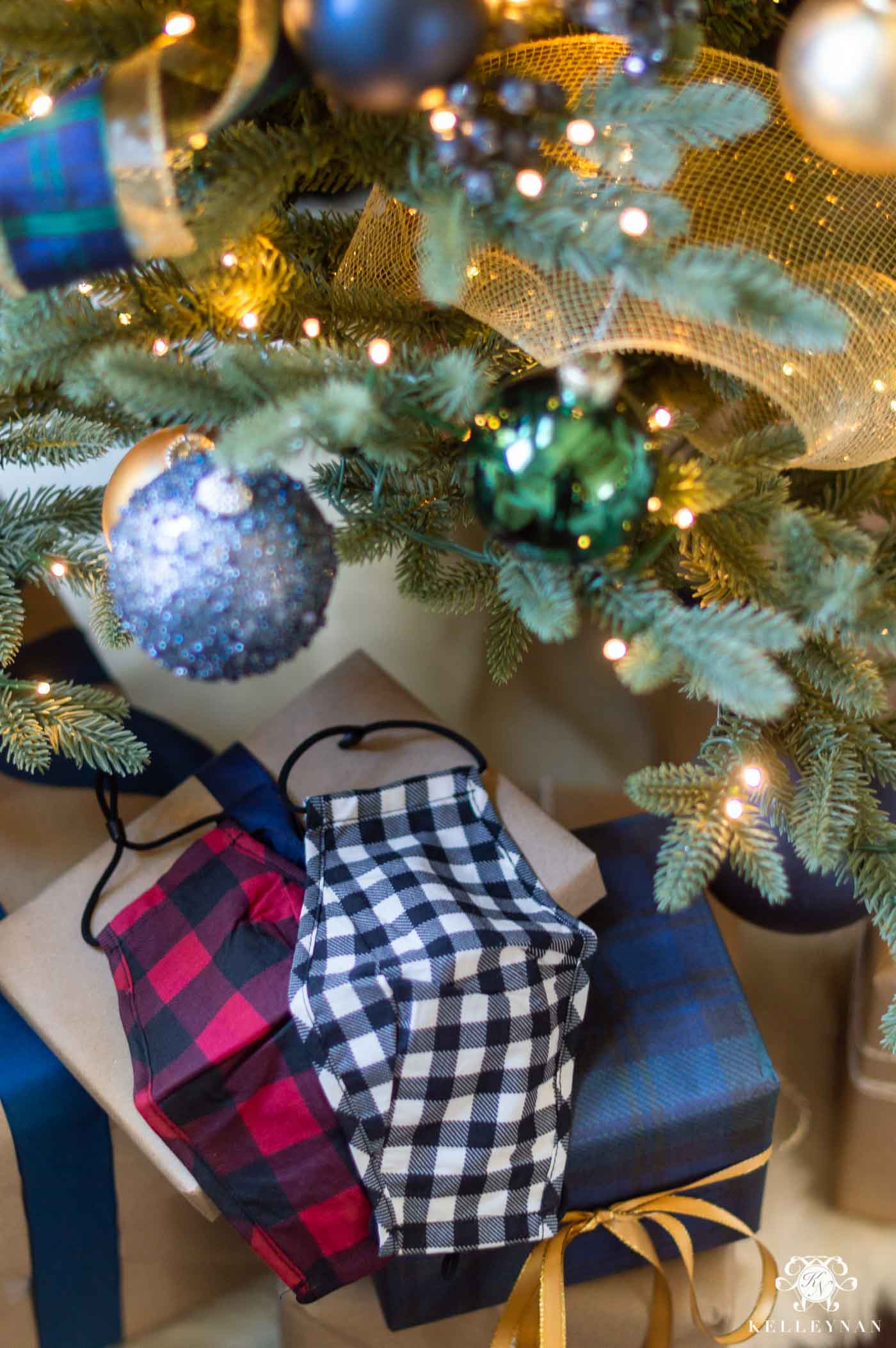 Christmas Face Masks in Plaid