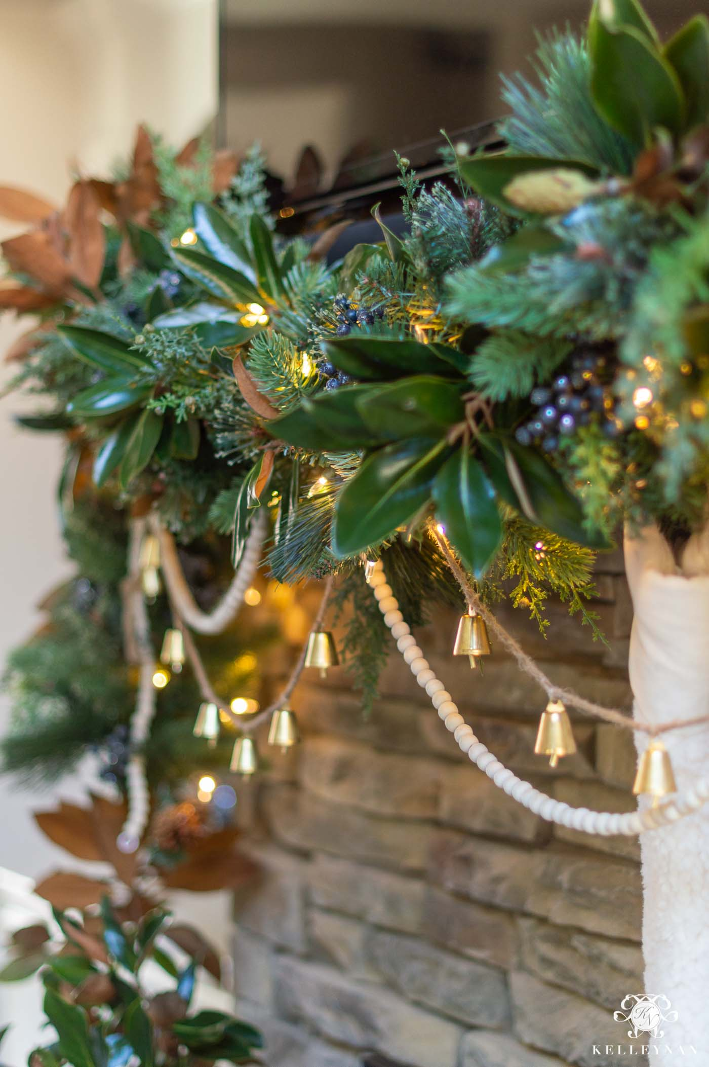 How to Take Your Christmas Mantel Garland from Basic to Beautiful!