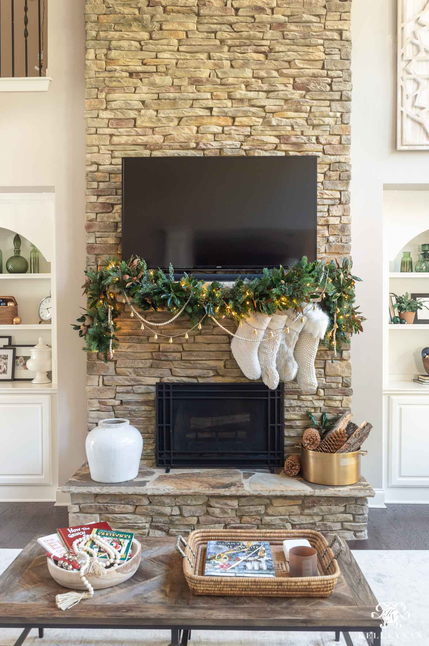 How to Hang and Decorate Christmas Mantel Garland