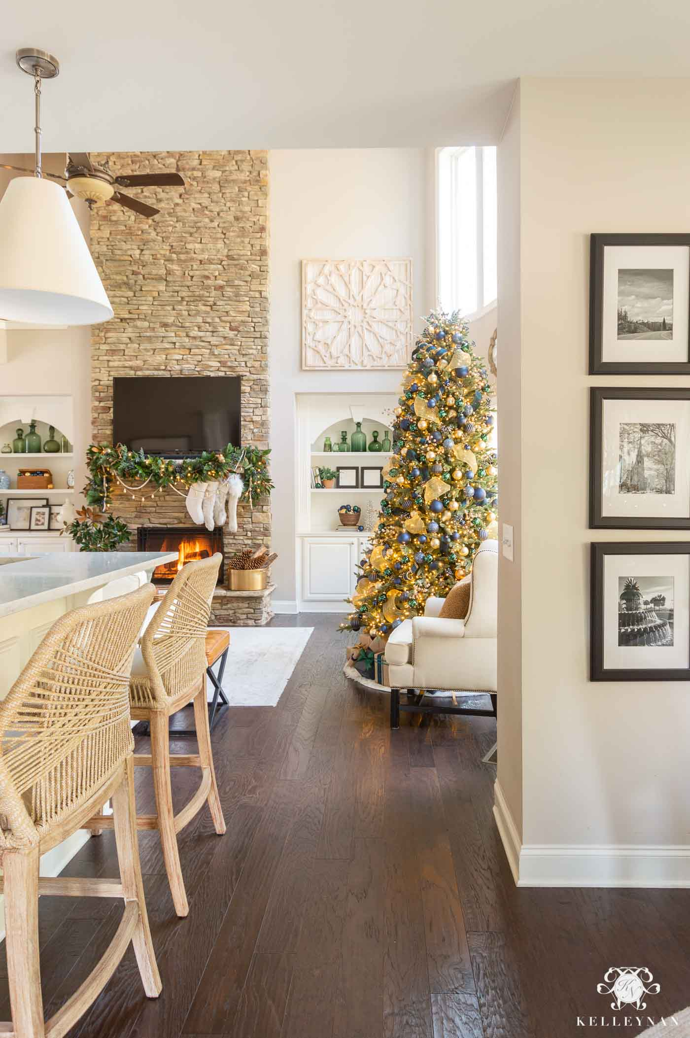 Christmas Decorating Ideas with Blue and Green and Gold