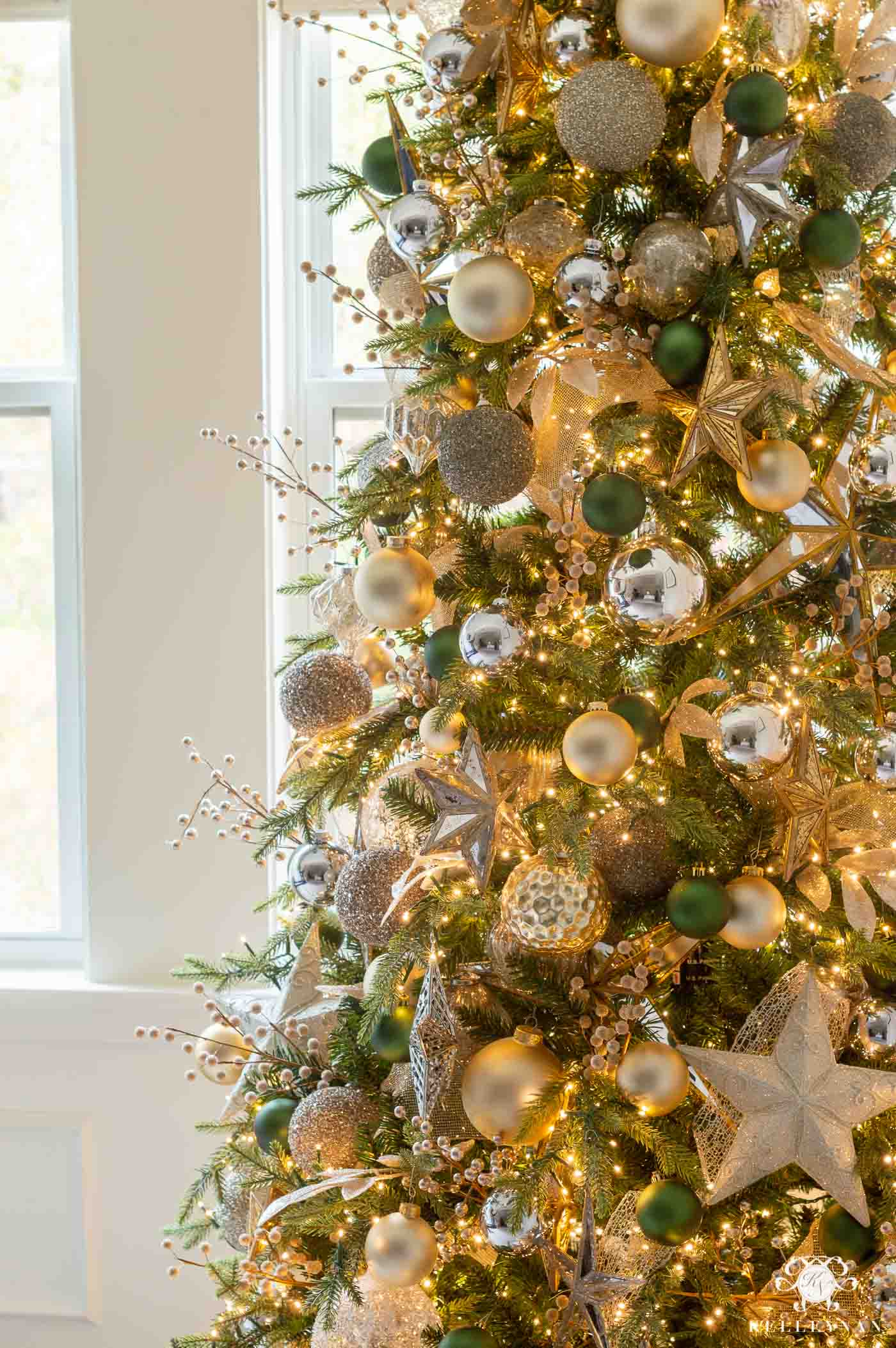 Master Bedroom Christmas Tree Decor