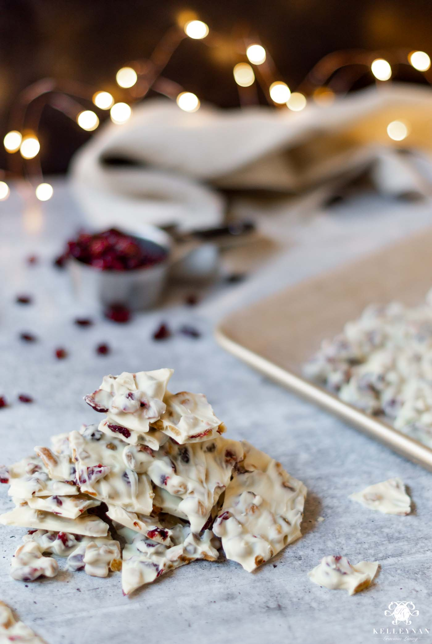 White Chocolate Christmas Bark! 5 EASY Christmas Treats with 5 Ingredients (or less!)
