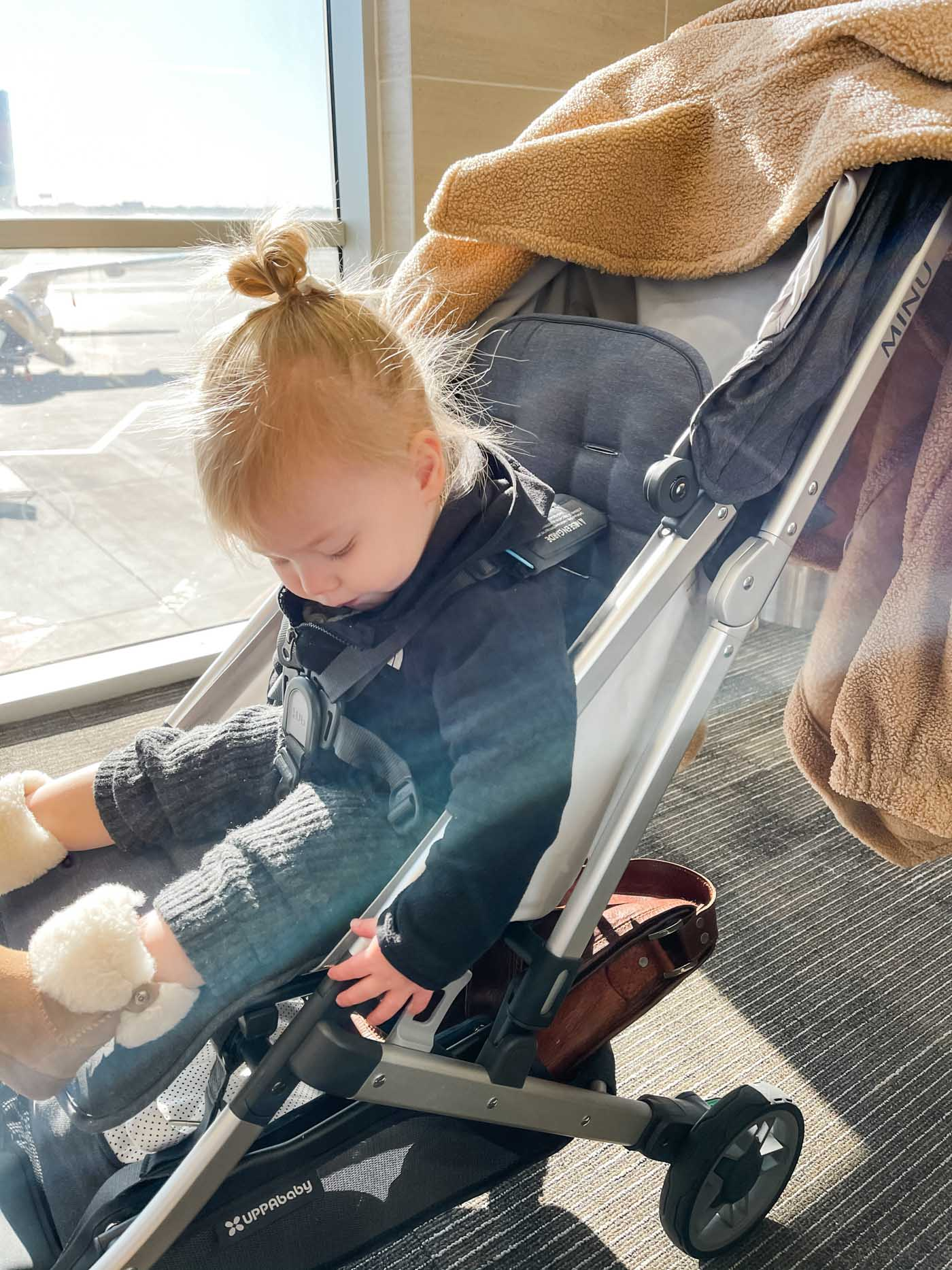 12 Essentials for Flying with Your Toddler