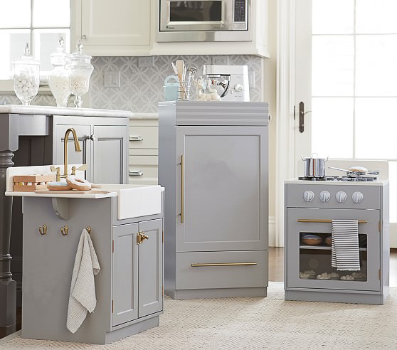 chelsea kitchen from pottery barn