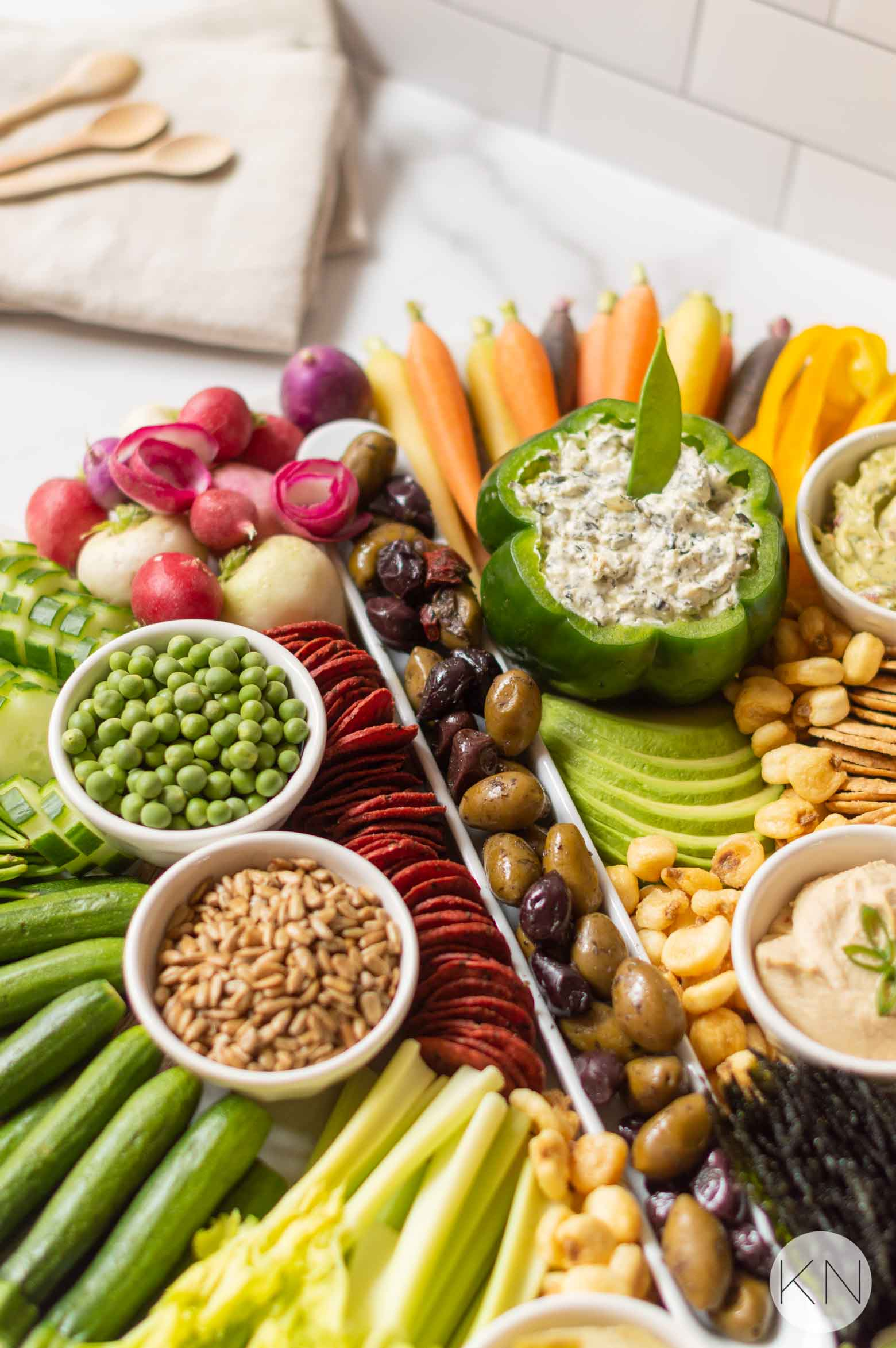 Crudités Board Ideas -- Perfect Veggie Platter for Bridal Shower Food and Baby Shower Food!