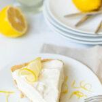 Refreshing & Easy No-Bake Lemonade Icebox Pie!
