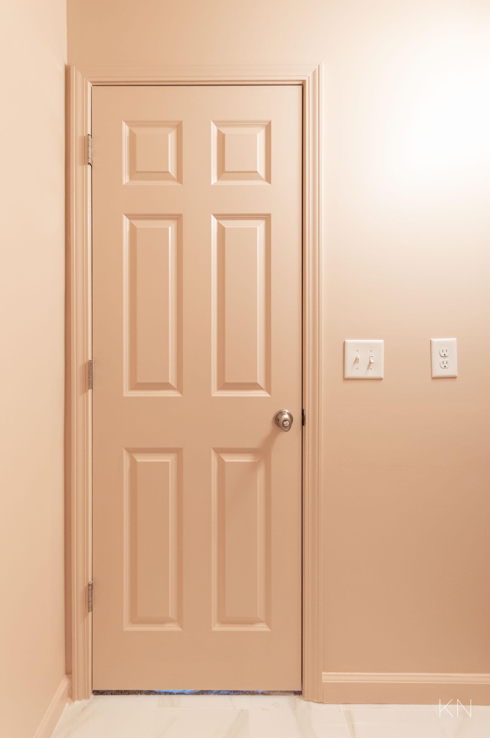 Small Pink Bathroom & Pink Door Paint Inspo