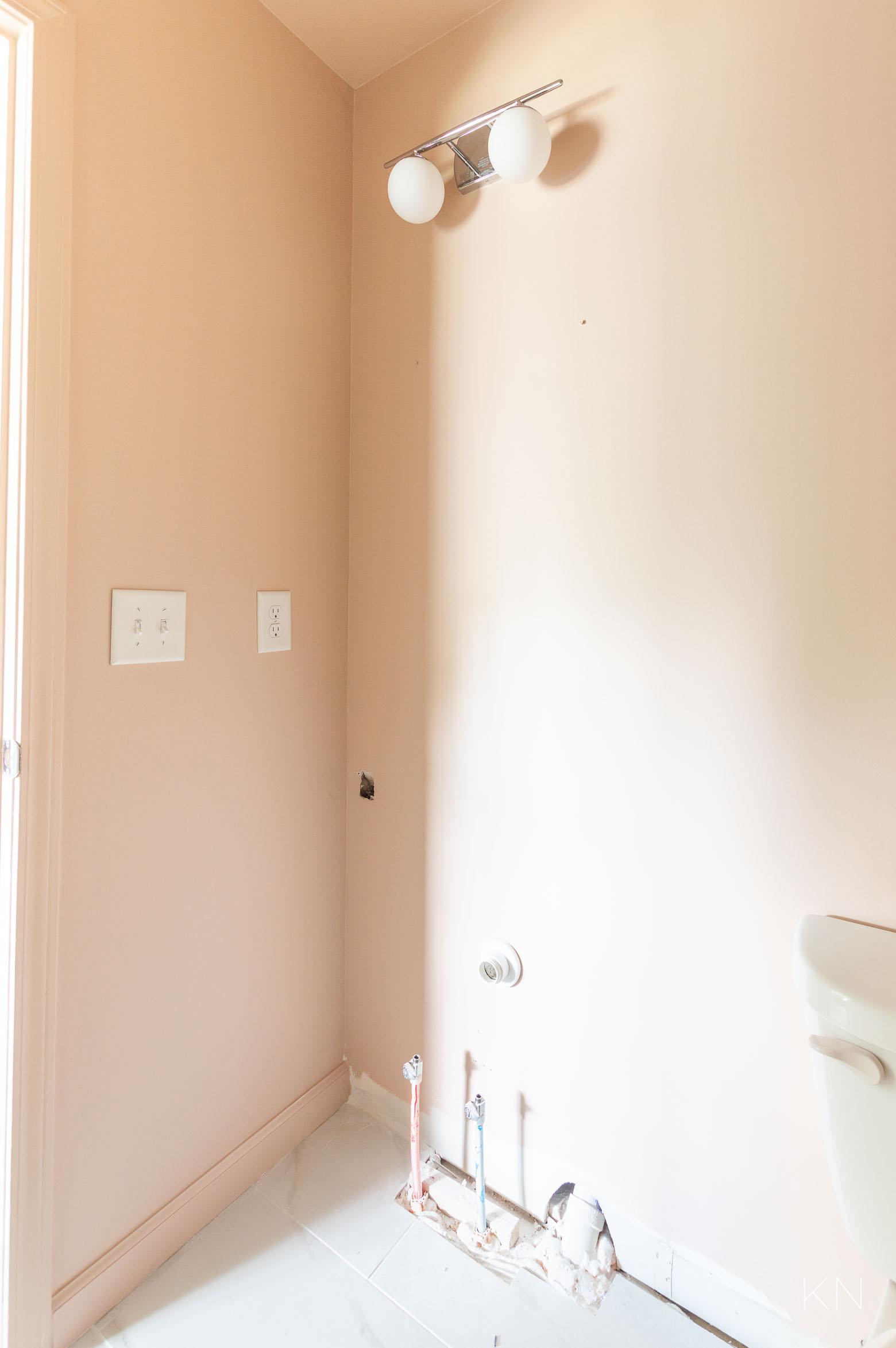 F&B Setting Plaster Pink Bathroom