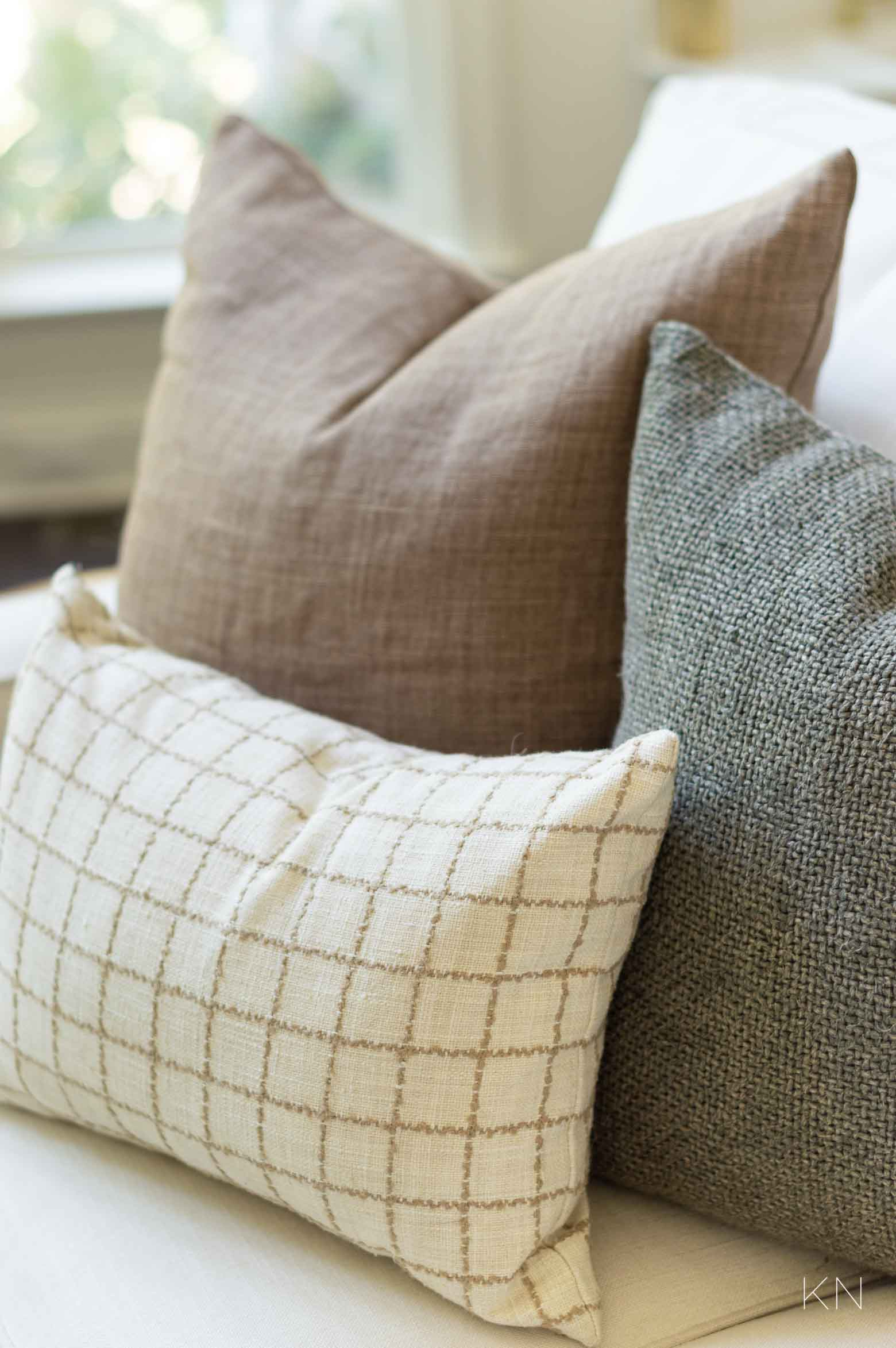 Fall Pillow Color Combo Idea with Neutrals