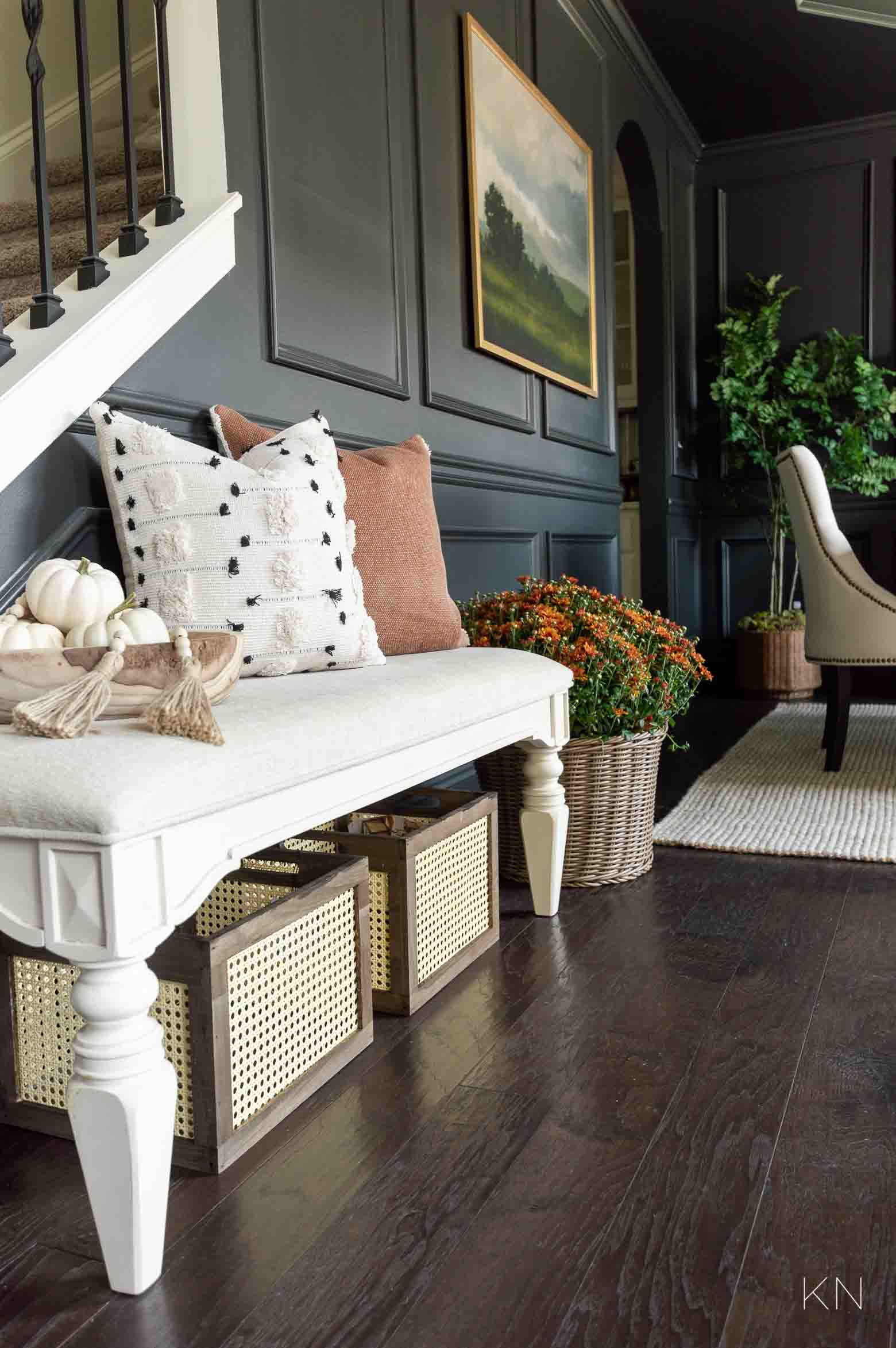 Fall Home Decor Ideas in the Entry