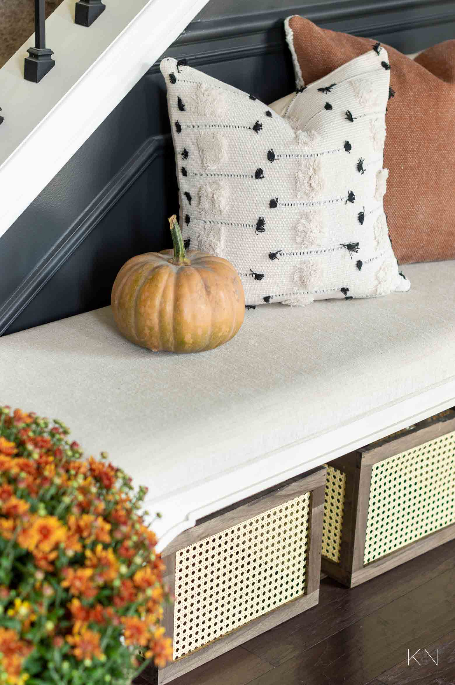 Fall Decorating Ideas in the Foyer