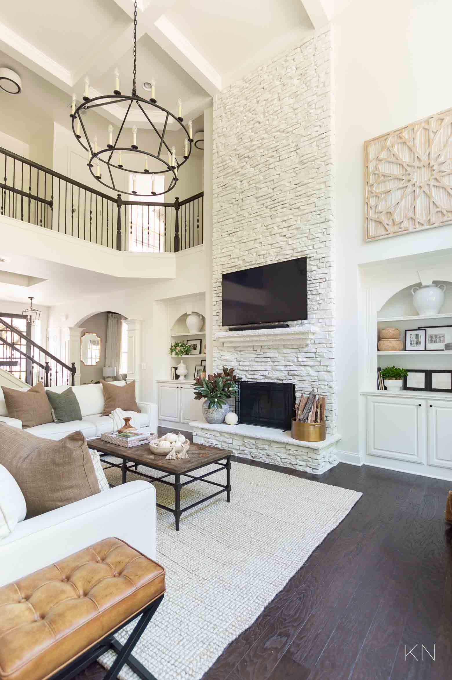 Fall Living Room Decor Ideas with Neutrals and Greens